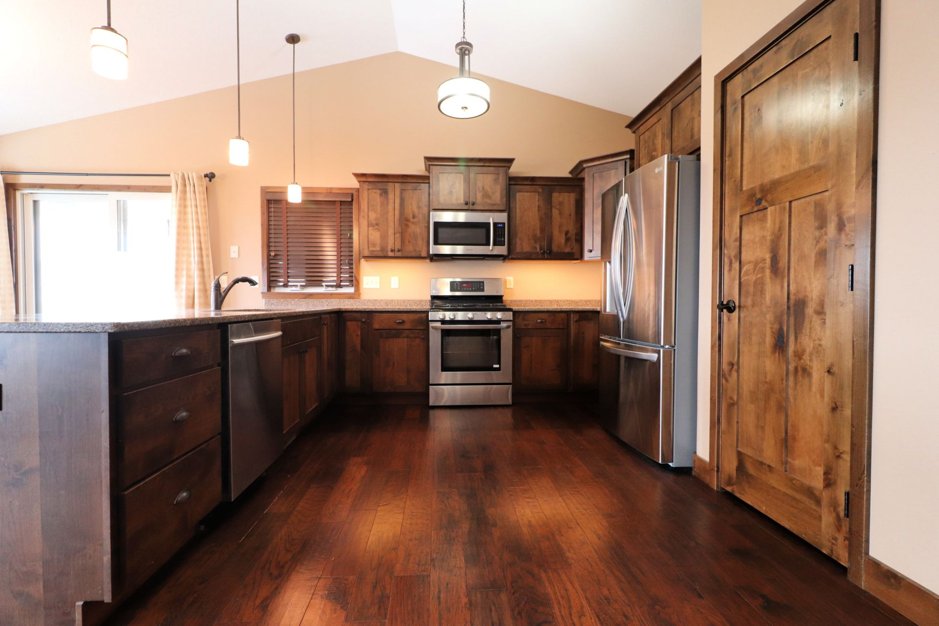 Incredible Home in Enchanted Pines Area!