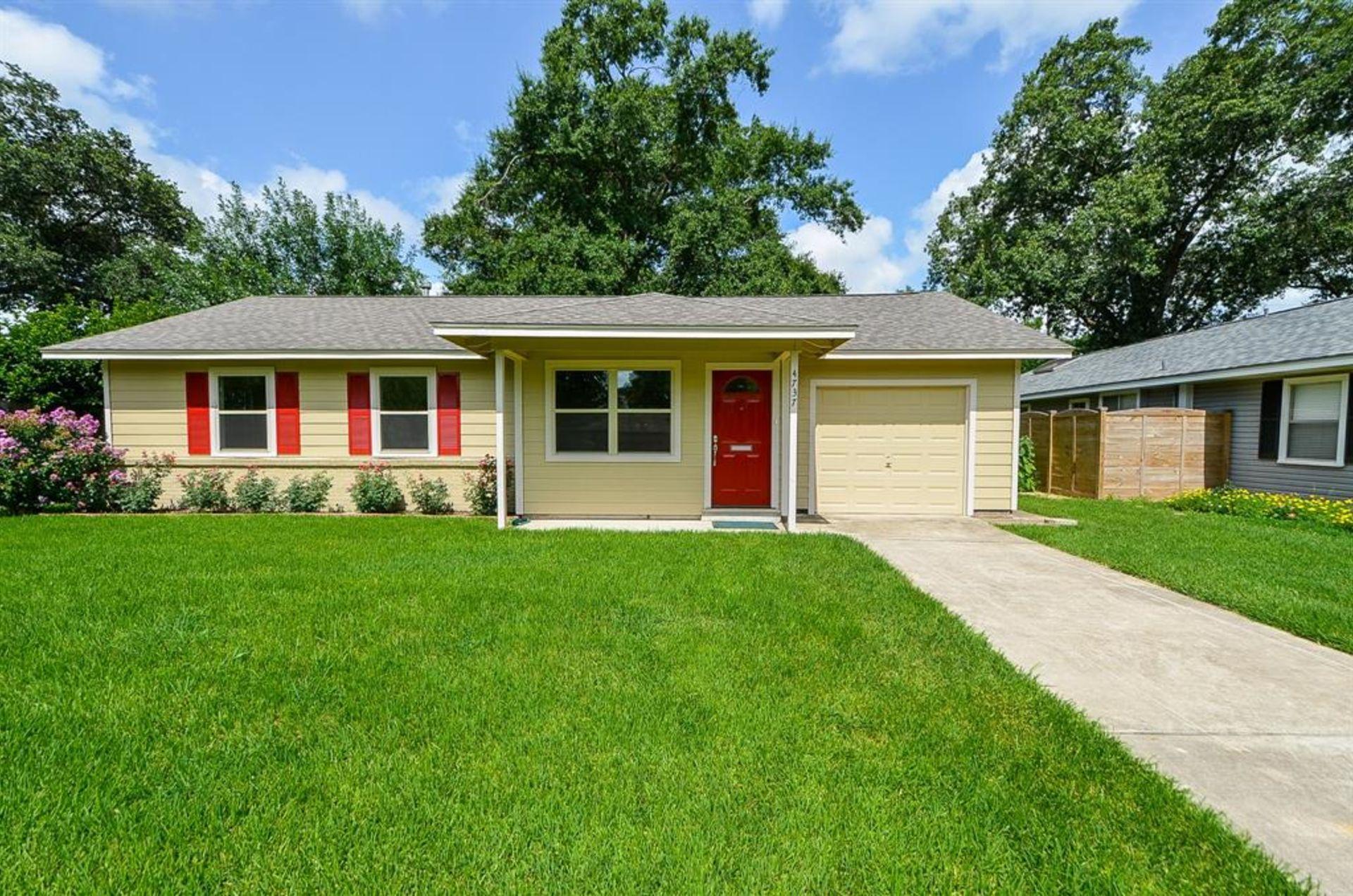 Houses For Sale In Harris: 4737 Carleen Road 77092