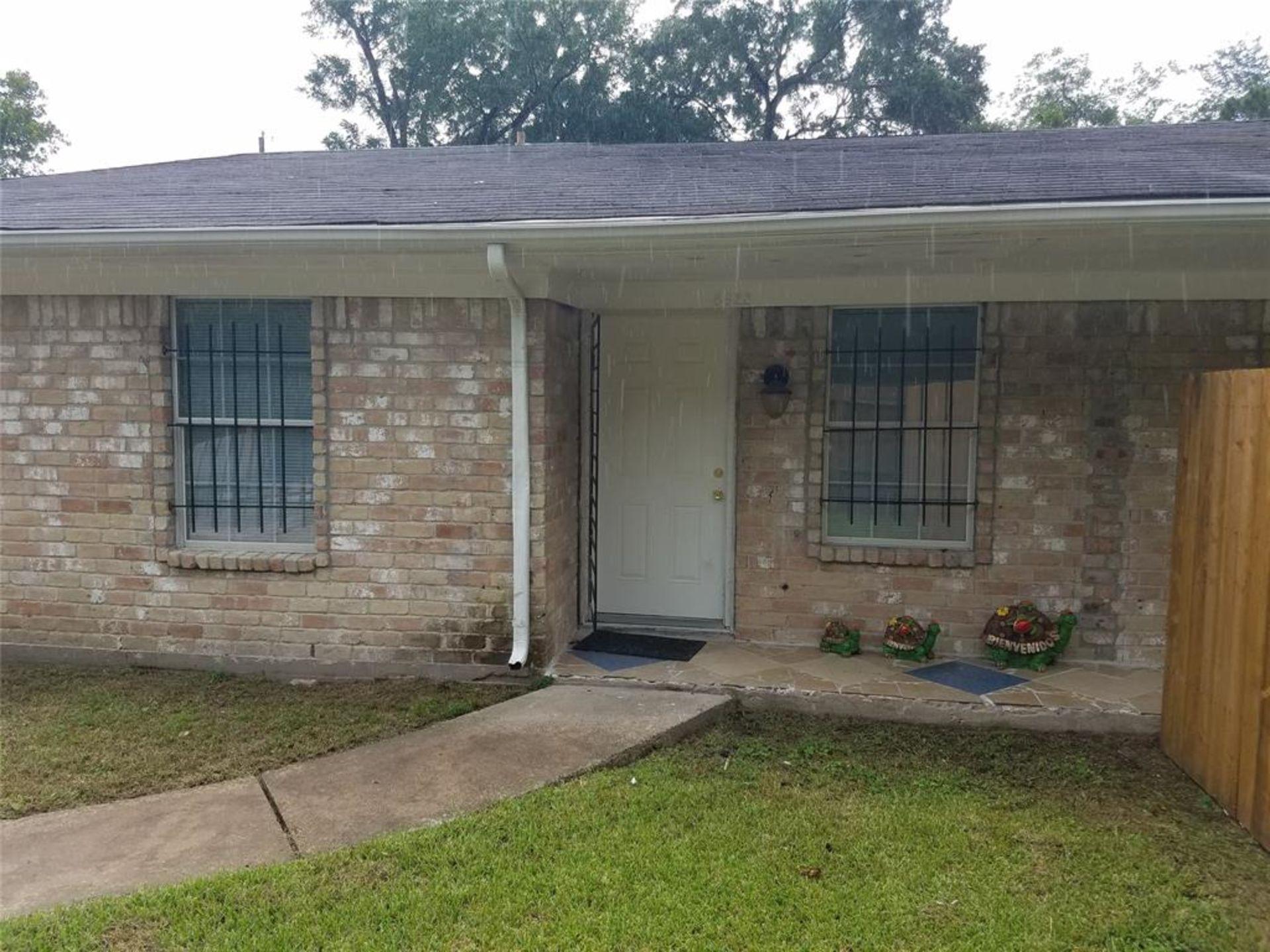 The Investors Dream***SPECIAL FINANCING***: 8622 Elbert St. Houston TX 77028