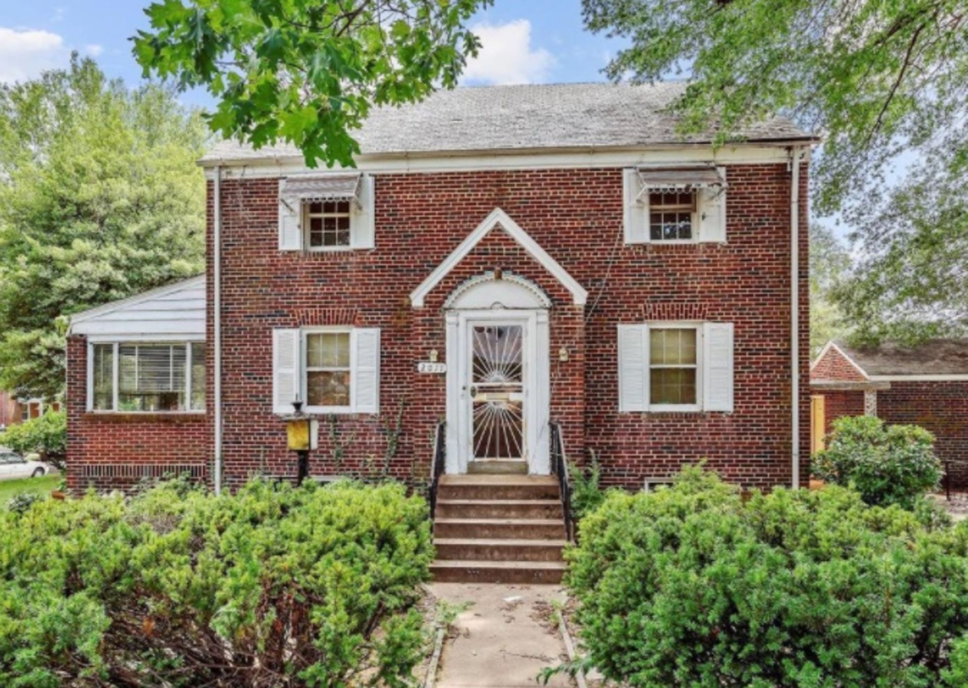 2011 Varnum St. NE – JUST SOLD AND COMING SOON