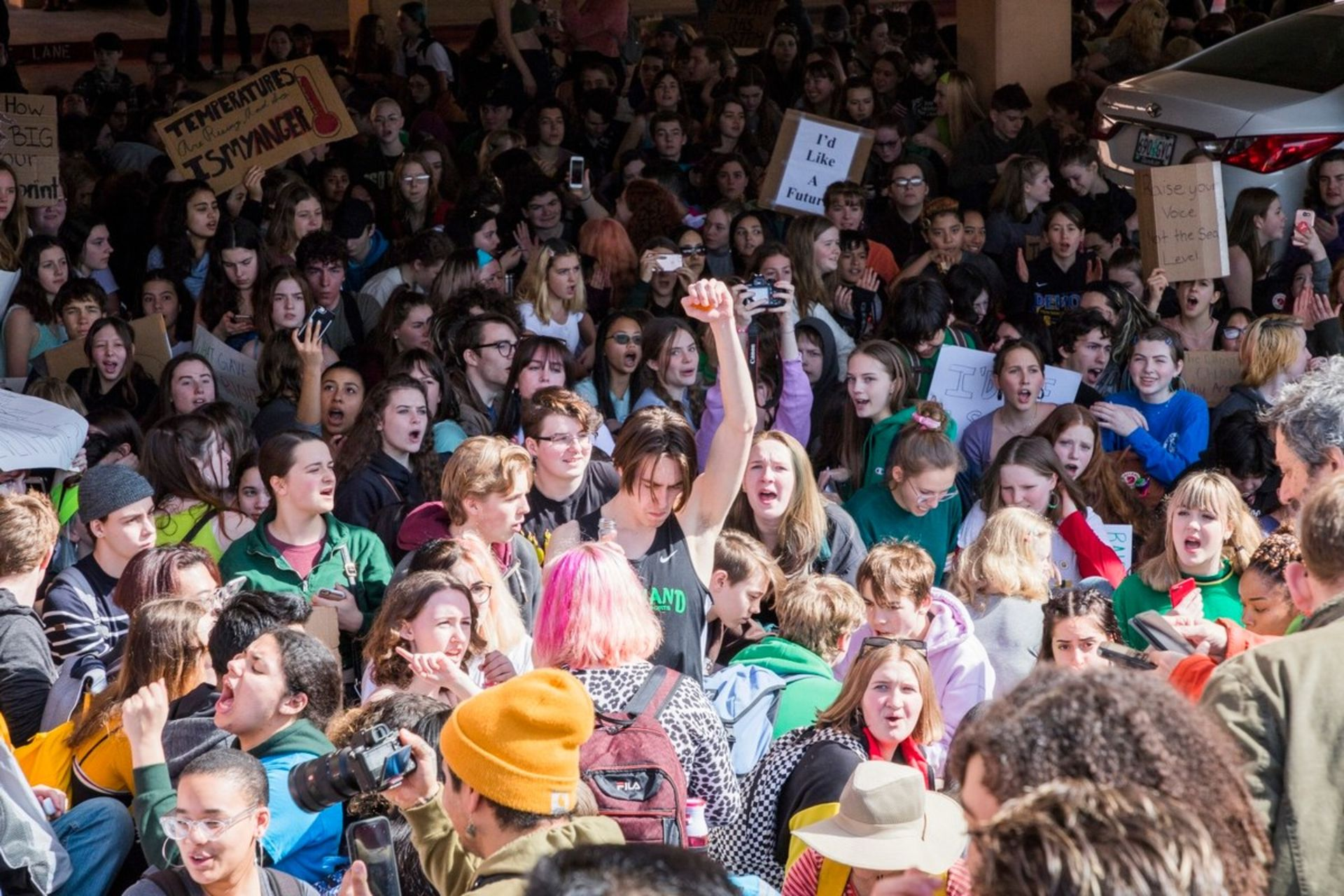 Big Crowd Turns Out In Portland For Youth Climate Action Rally