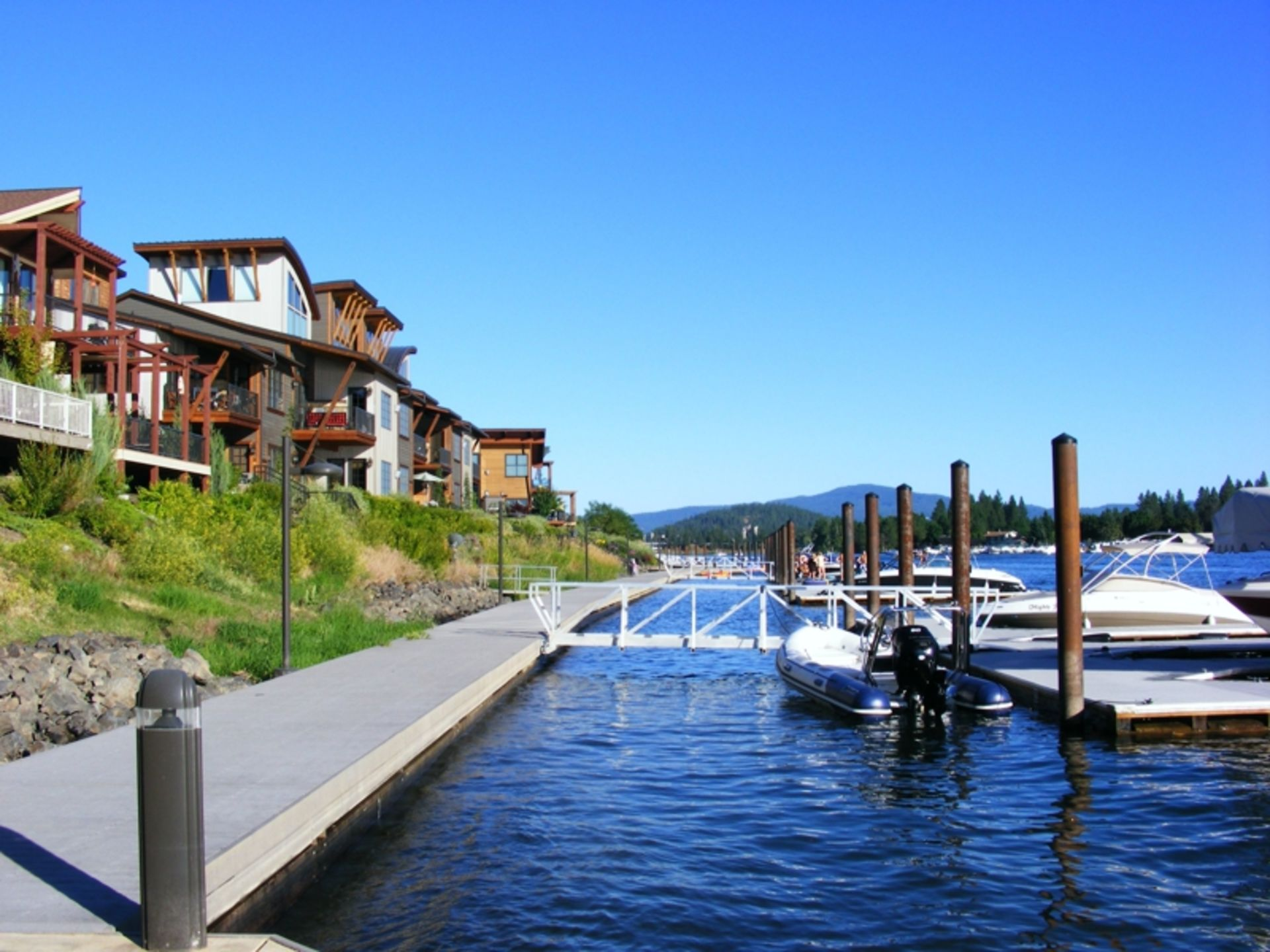 Here's ALL waterfront homes for sale in the Coeur d'Alene MLS