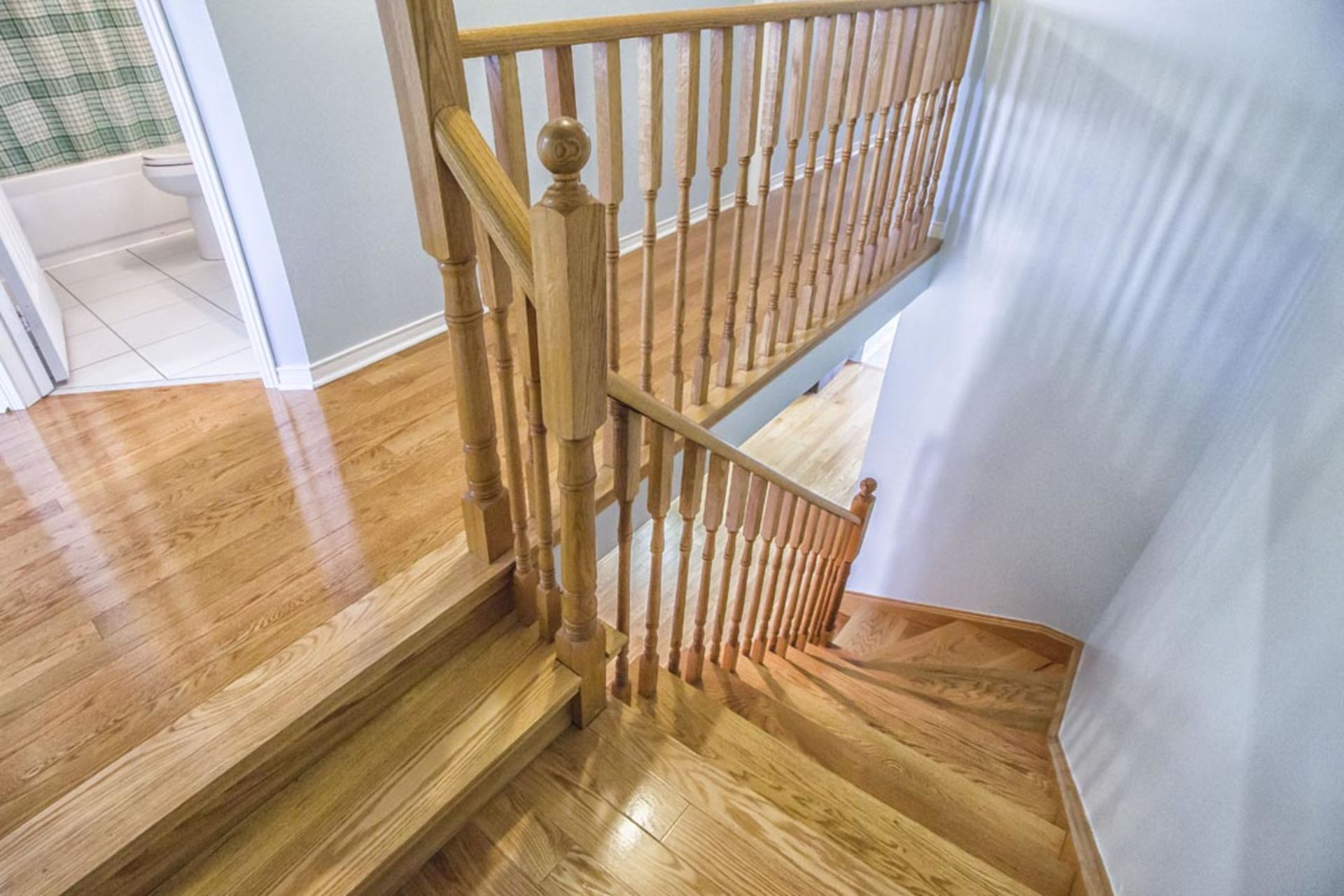 See this Toronto Townhouse with NO maintenance fees.