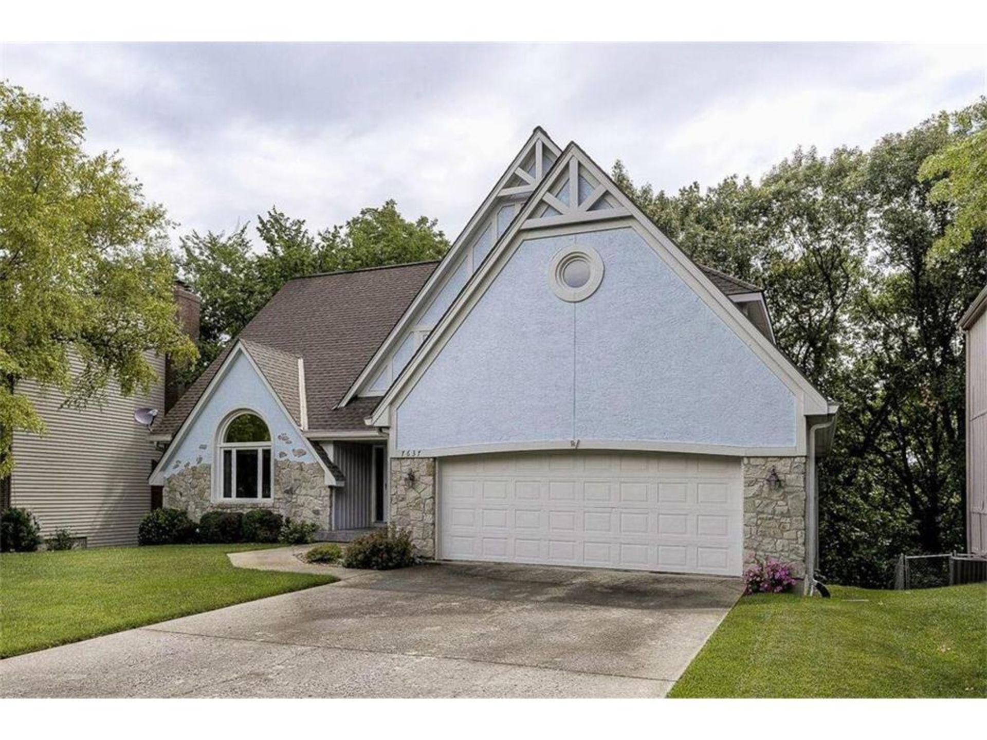 Shawnee KS Homes