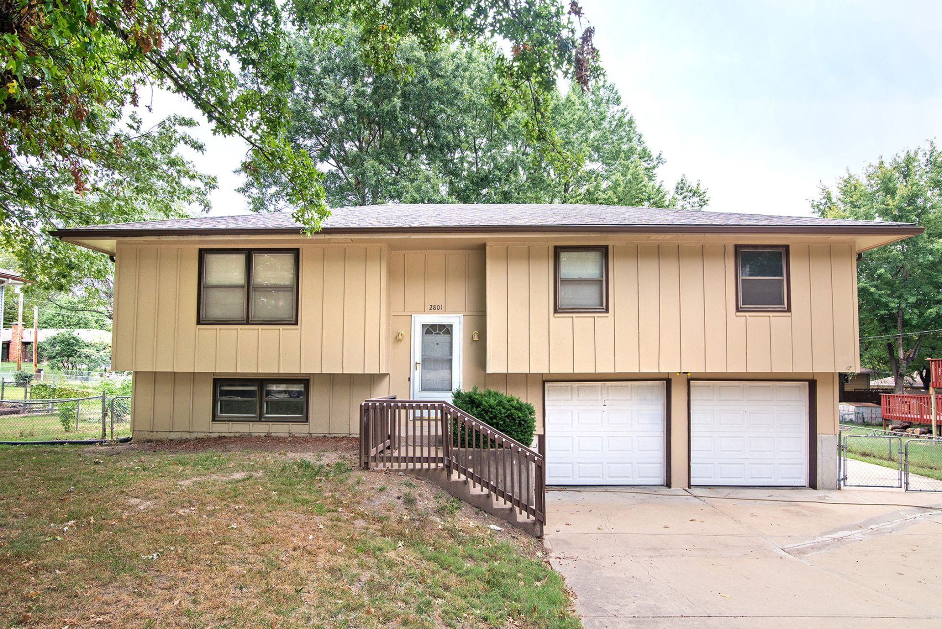 Great Move-In Ready Family Home in Leavenworth!