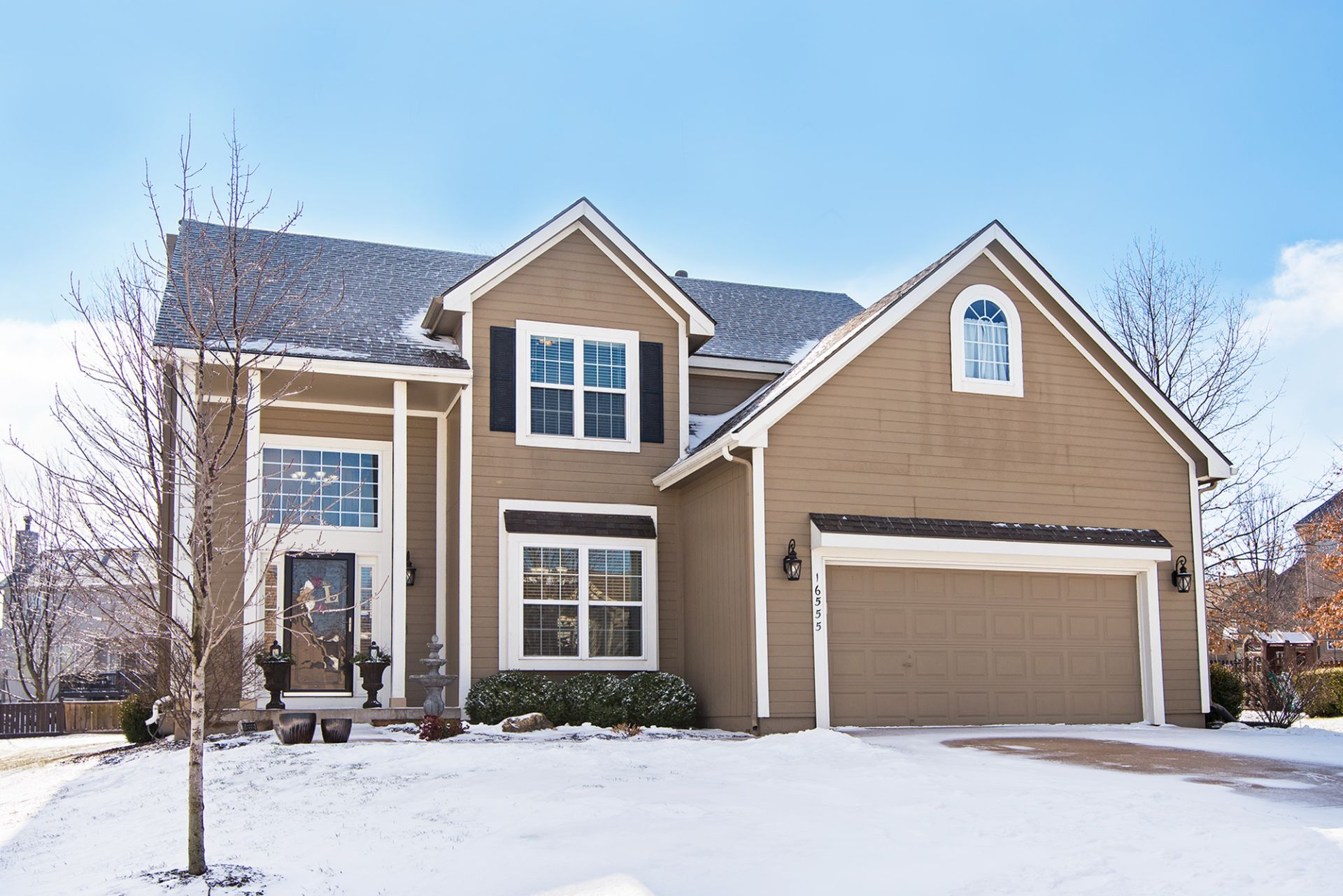 JUST LISTED with First OPEN HOUSE! Go Ahead, Fall in Love with this Gorgeous Home!