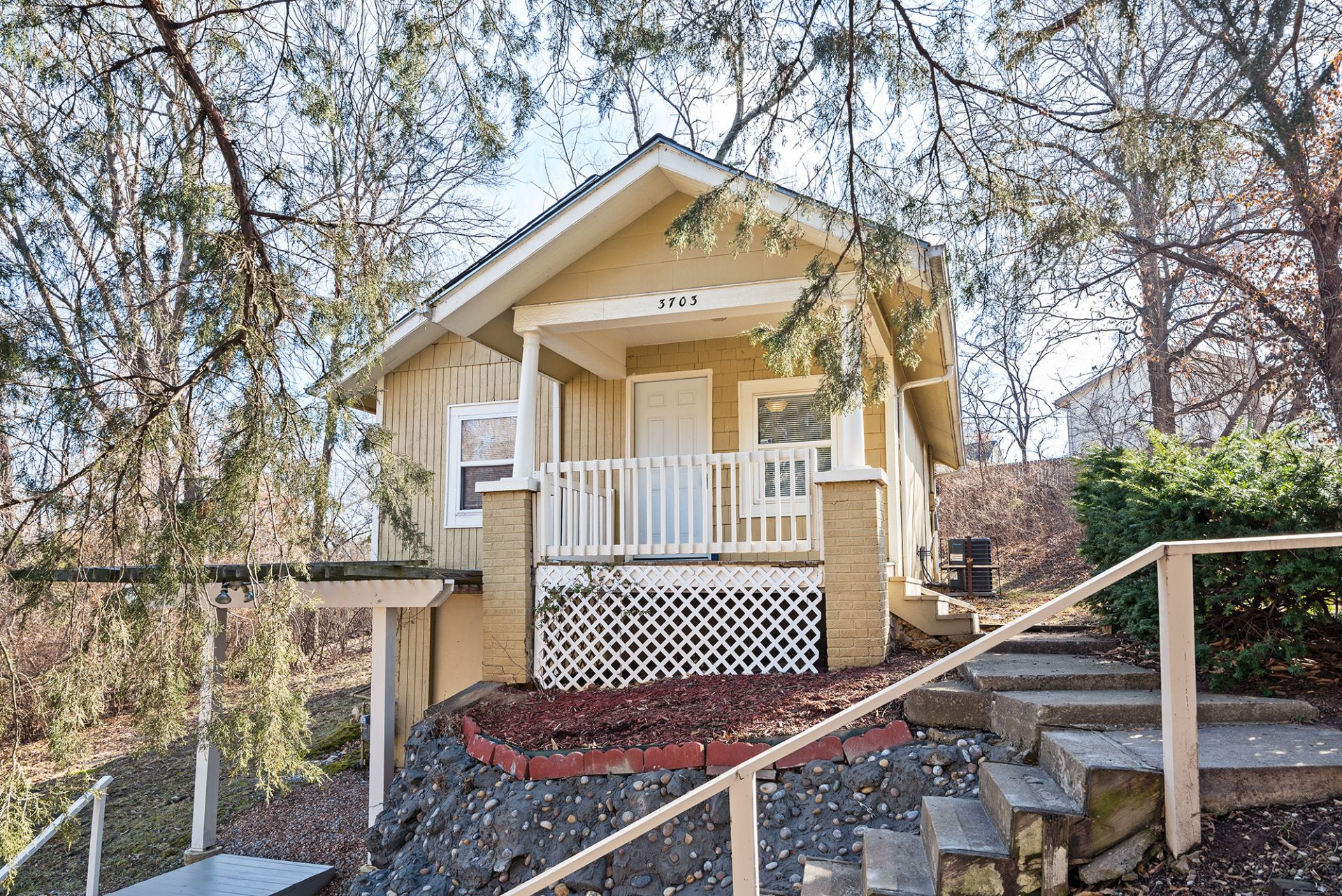Just LISTED! Darling Doll House! Private and Scenic Lot!