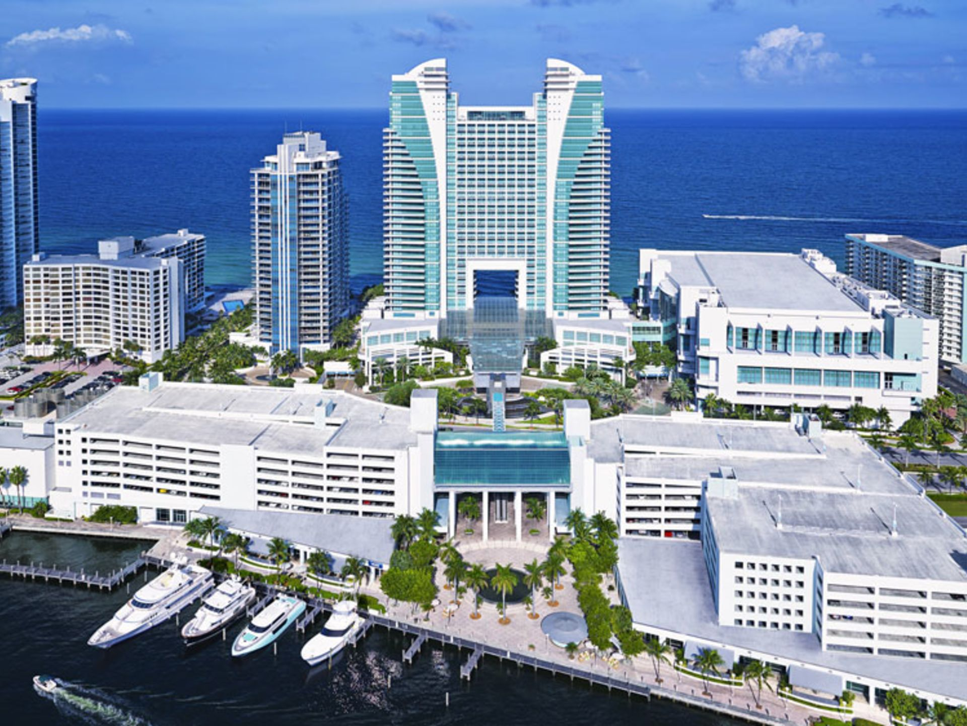 Where to Live & Dock Your Yacht in Fort Lauderdale