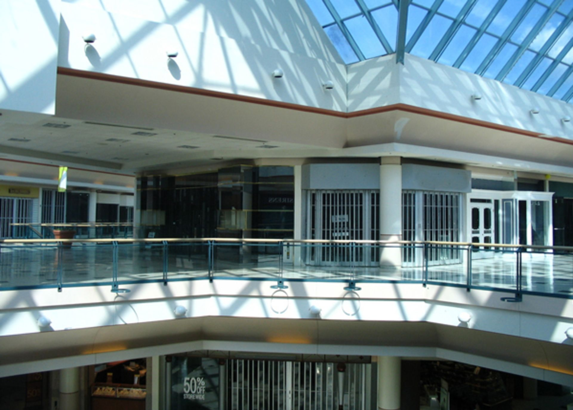 How will retail bankruptcies impact CMBS and REITs?
