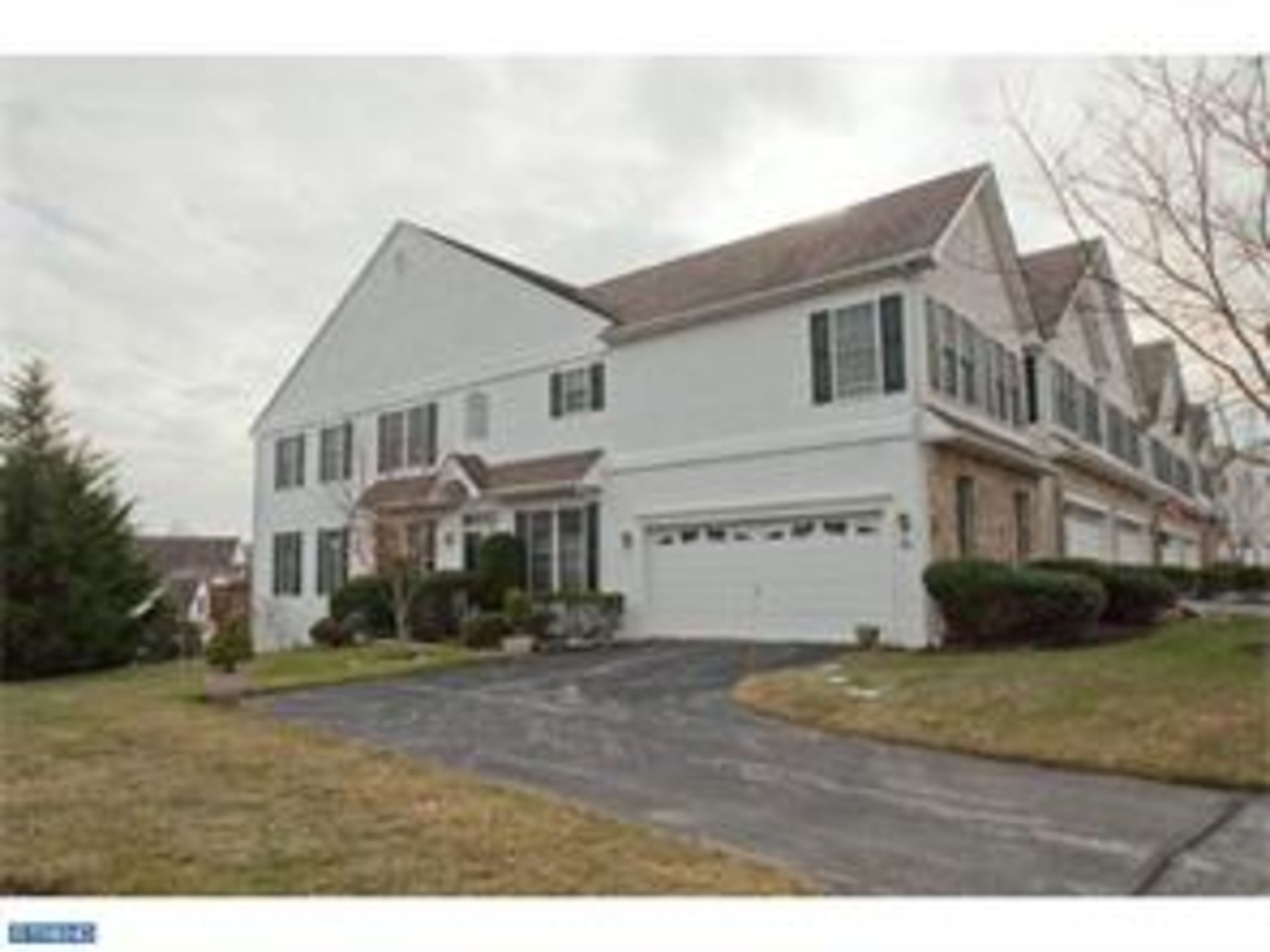 1601 Whispering Brooke Dr, Newtown Square, PA 19073