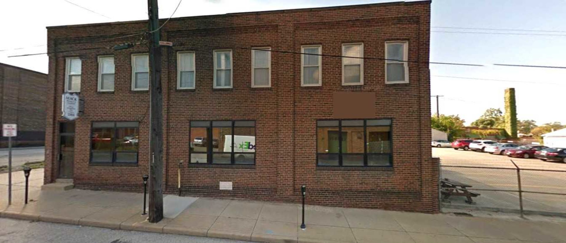 Unique Lakewood Office and Warehouse Building for Sale  for $79,000