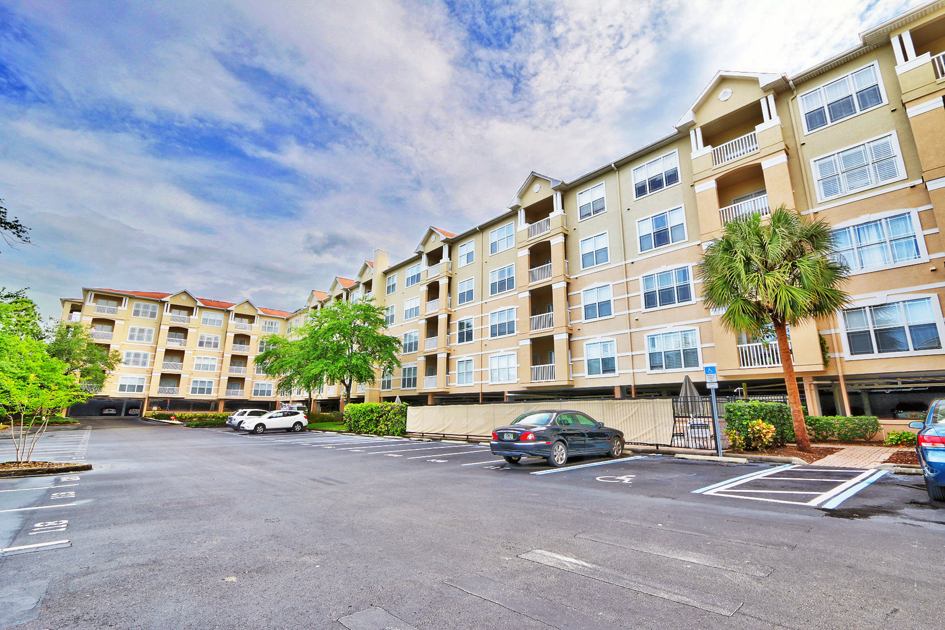 Residence at Renaissance Condo For Sale in Clearwater, FL | MLS U8041381