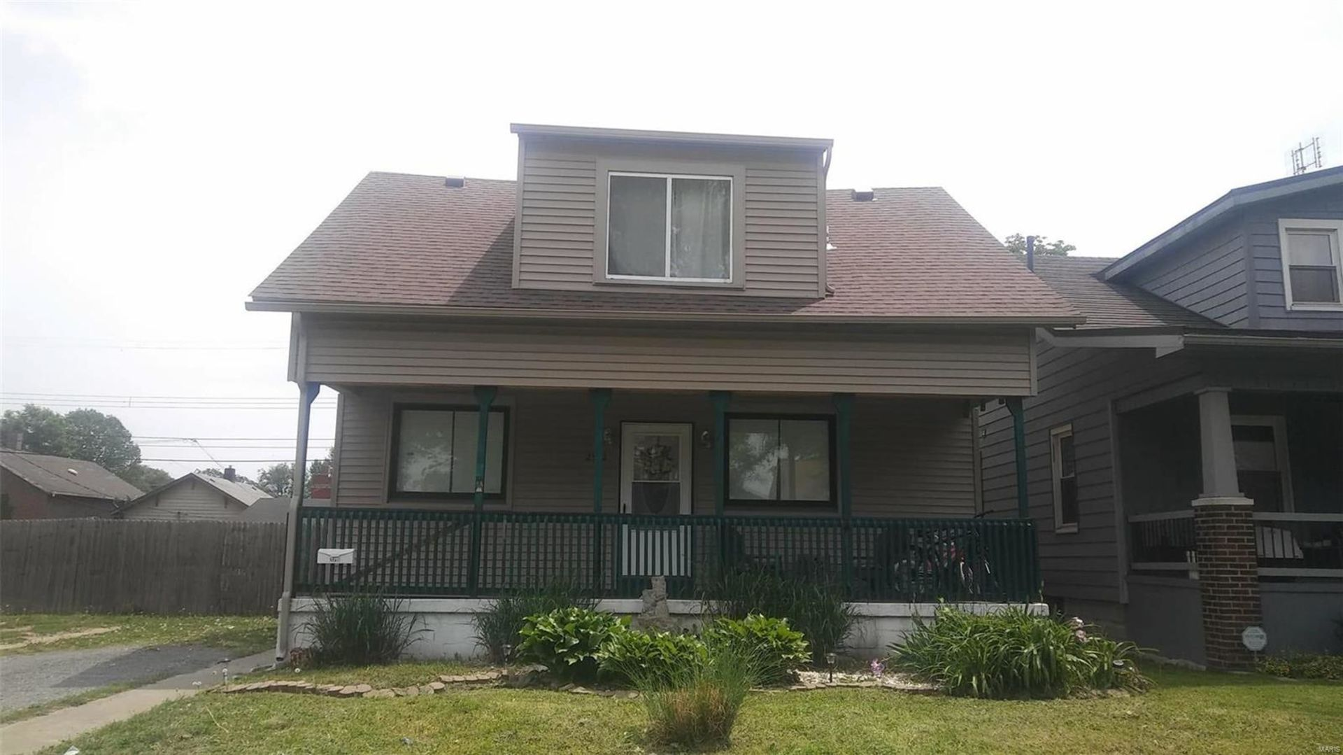 Just Listed! 2540 Grand Ave, Granite City, IL 62040