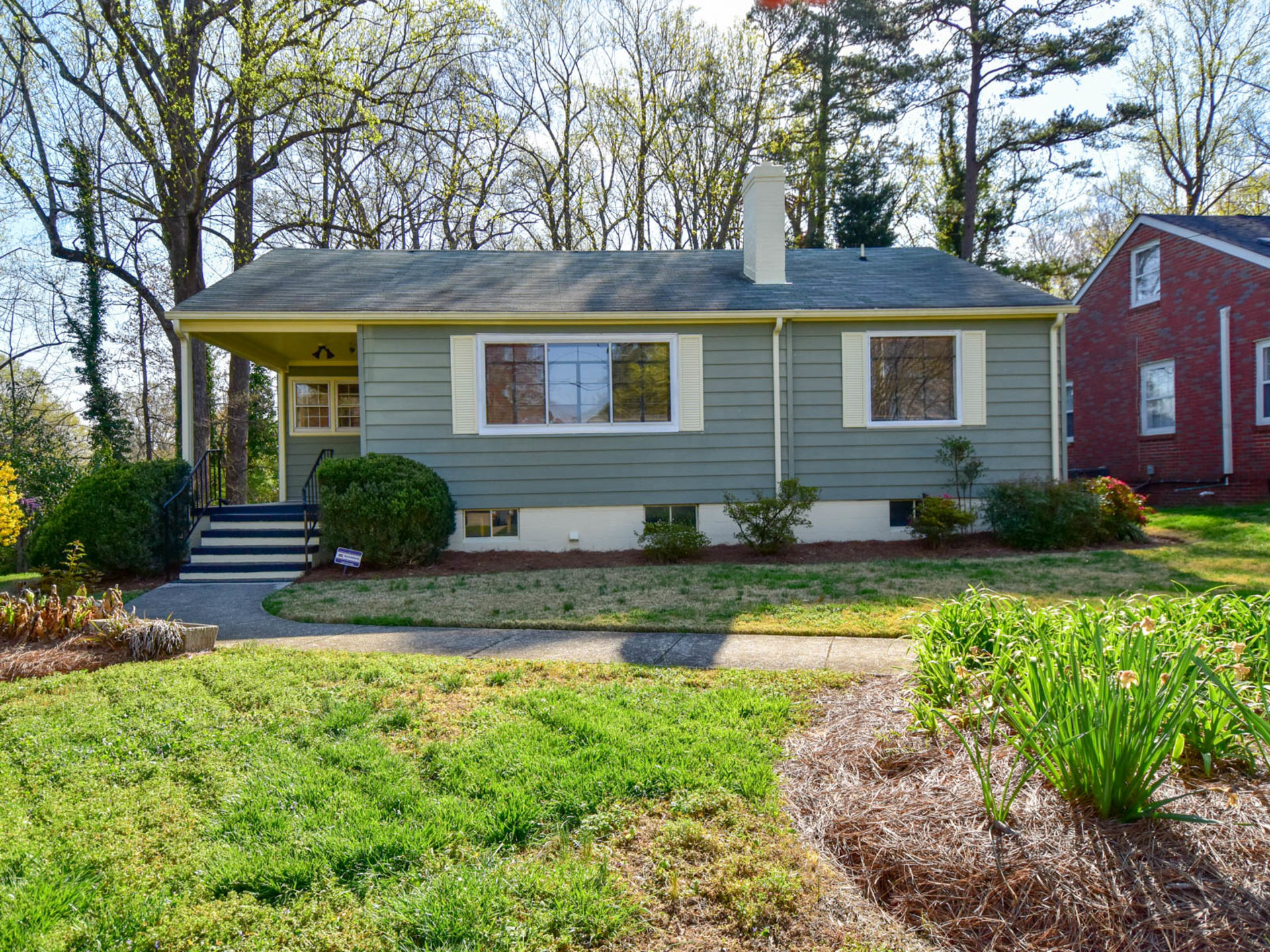 Price Reduced by $10,000 in Lindley Park!