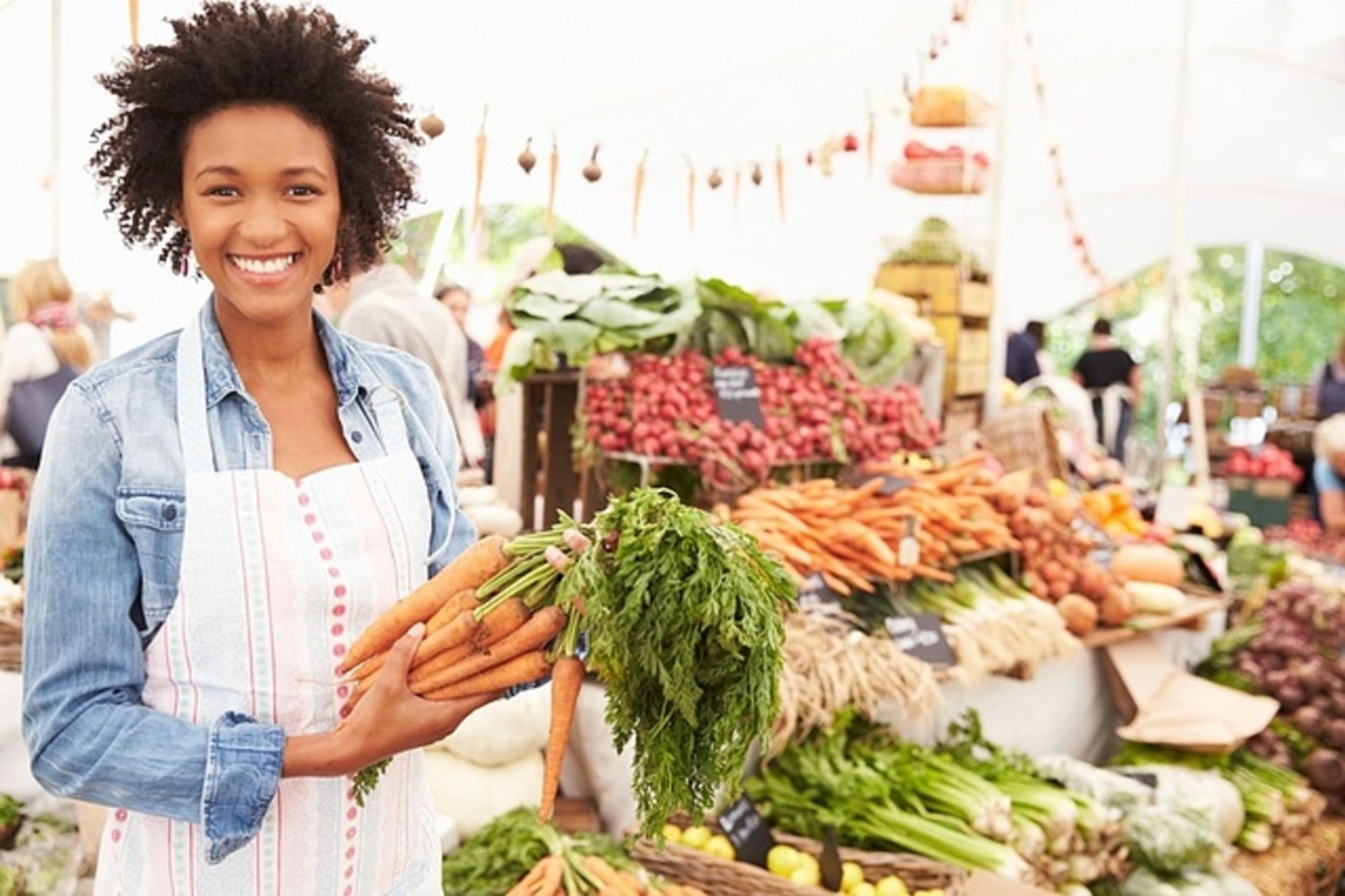 Farmers Markets Growing More Than Food in Your Neighborhood