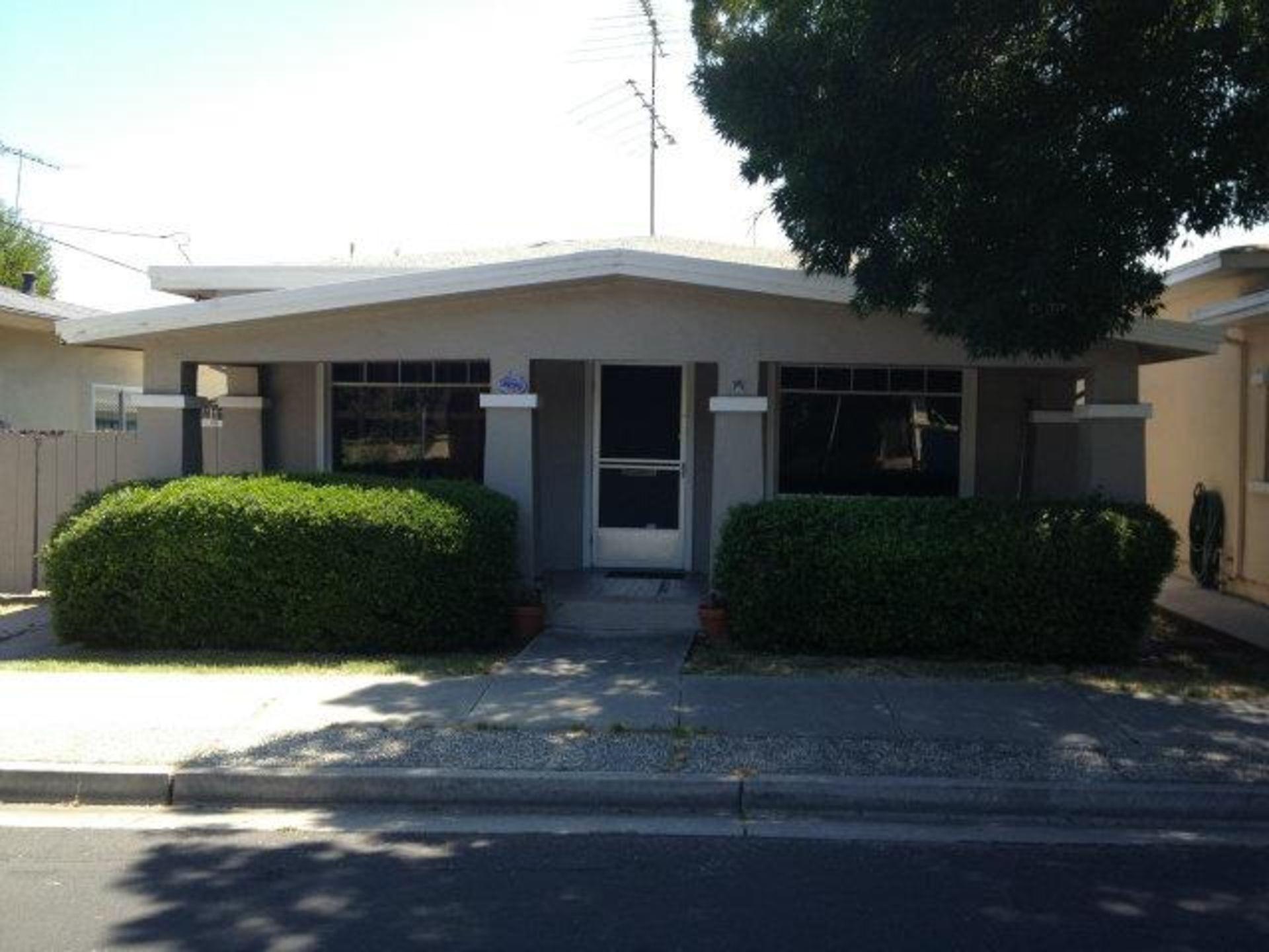 582 CHAPMAN Court, Santa Clara
