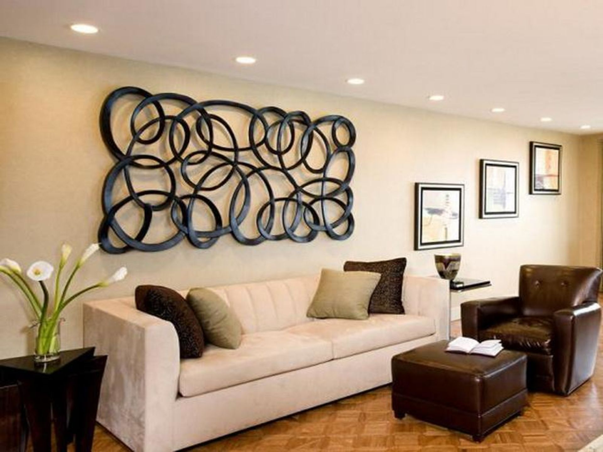 10 Ways To Cover A Big Wall In Your Home