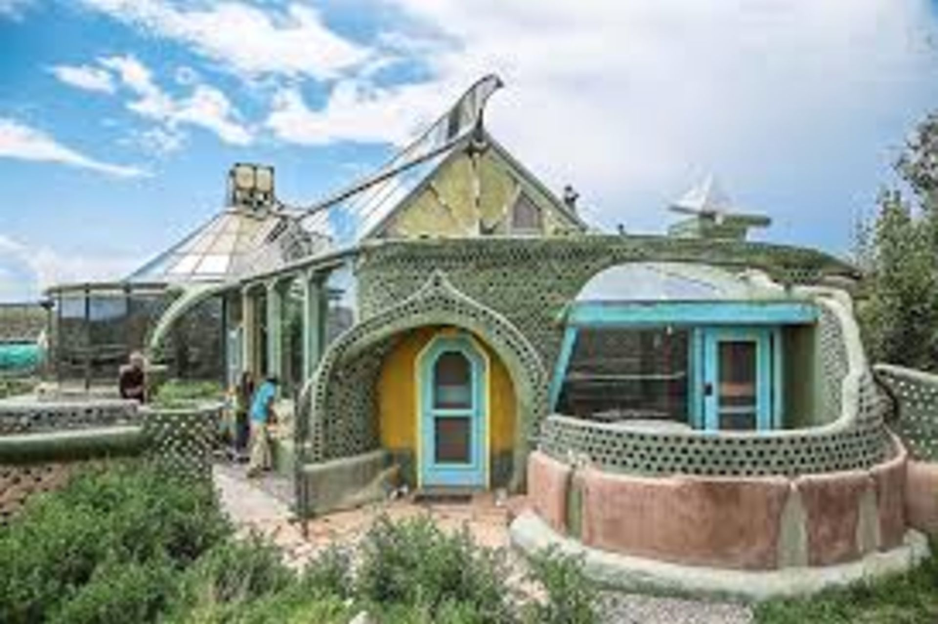 Earthships: Creating Eco-Unique Homes