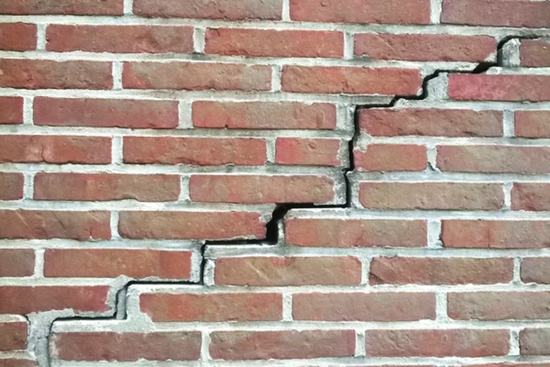 How Foundation Damage Affects Selling Your Home