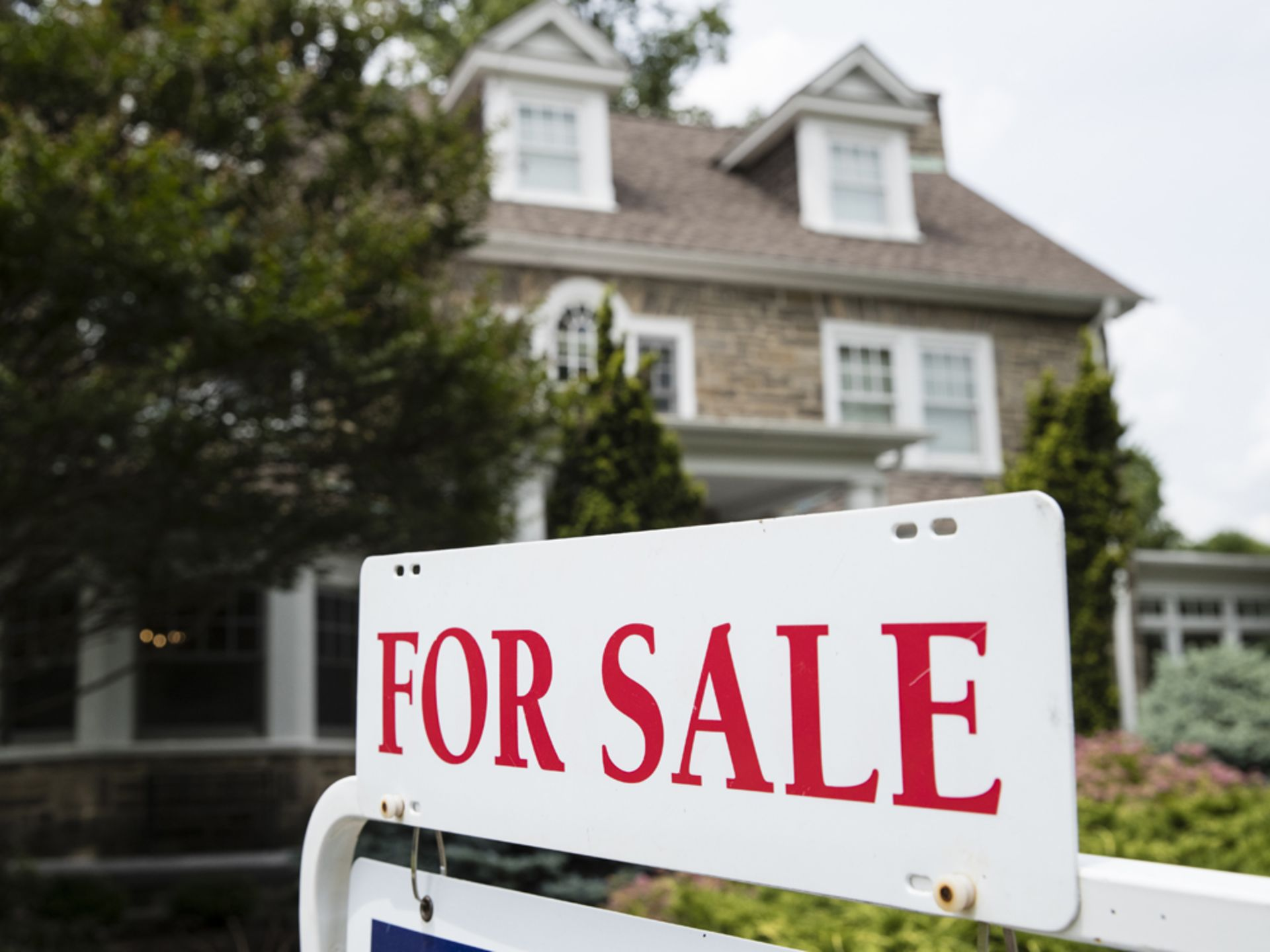 Moodys Says Housing Market Not Headed For A Major CorrectionL