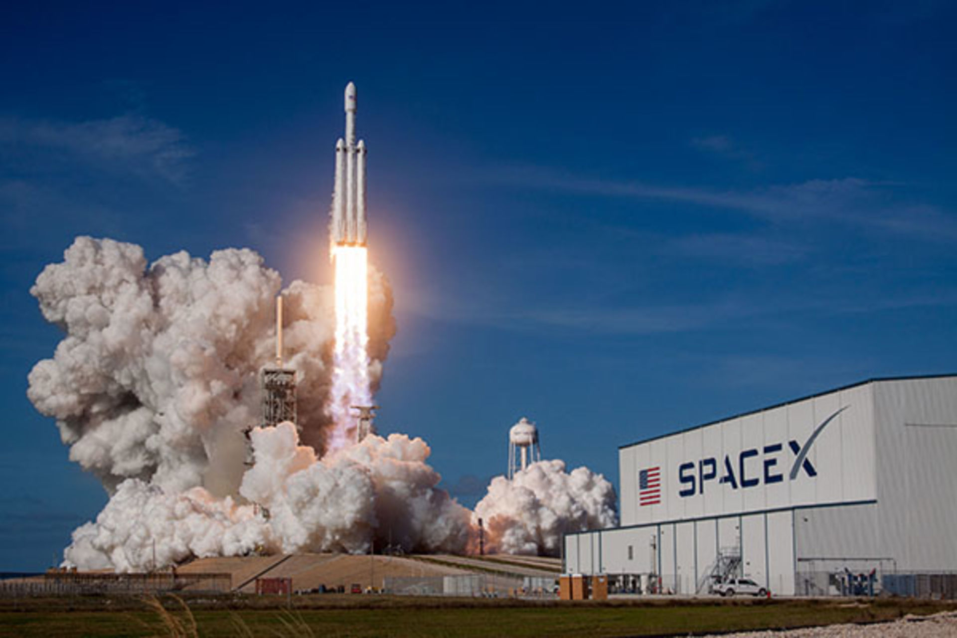 Falcon Heavy launch expected to boost traffic this weekend