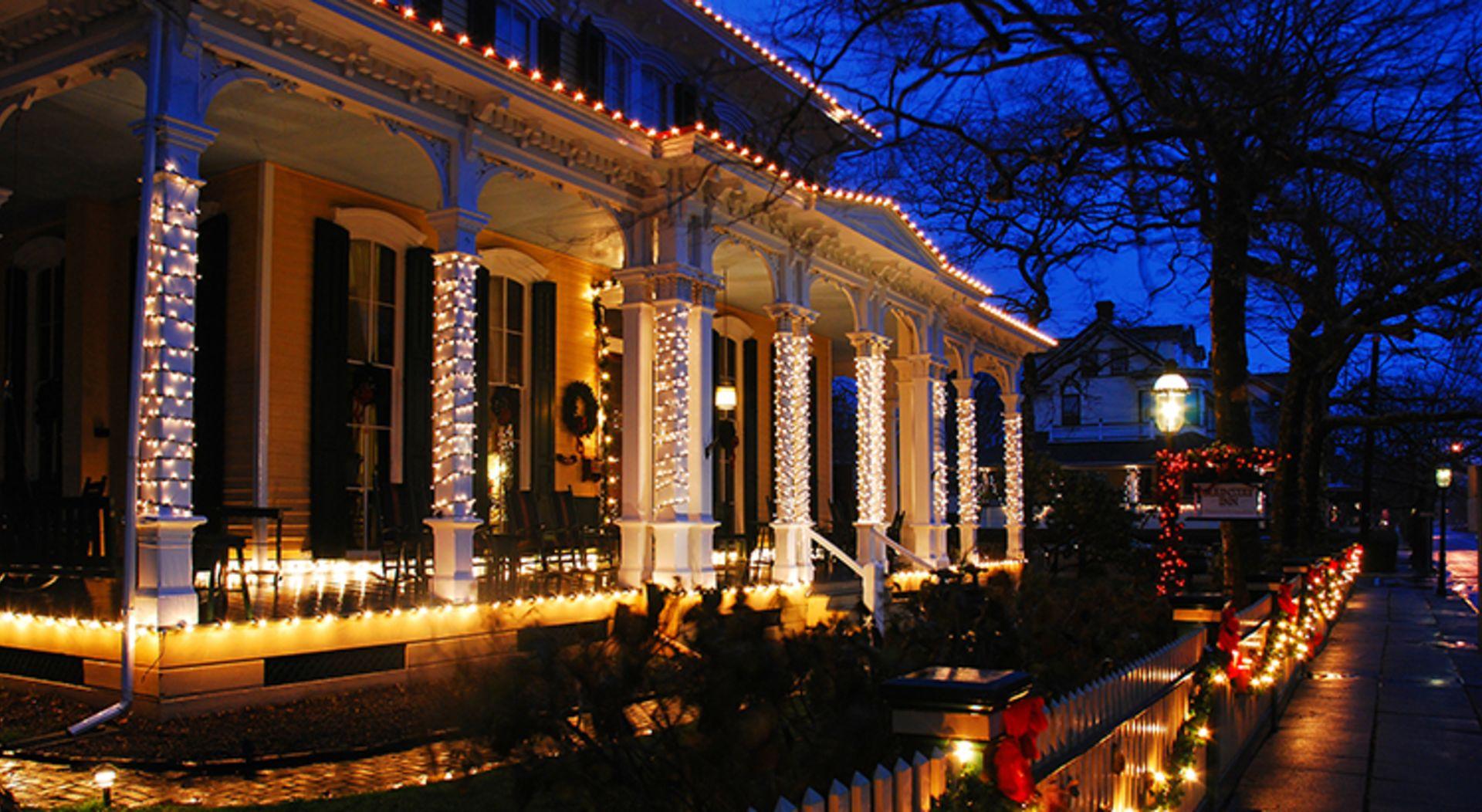 Holiday Lighting Installation Costs