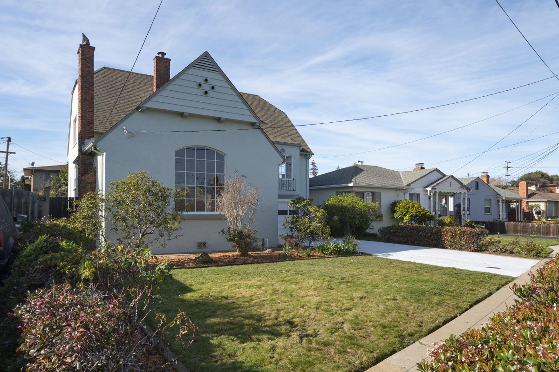 Just Sold!  – 843 N Claremont St., San Mateo