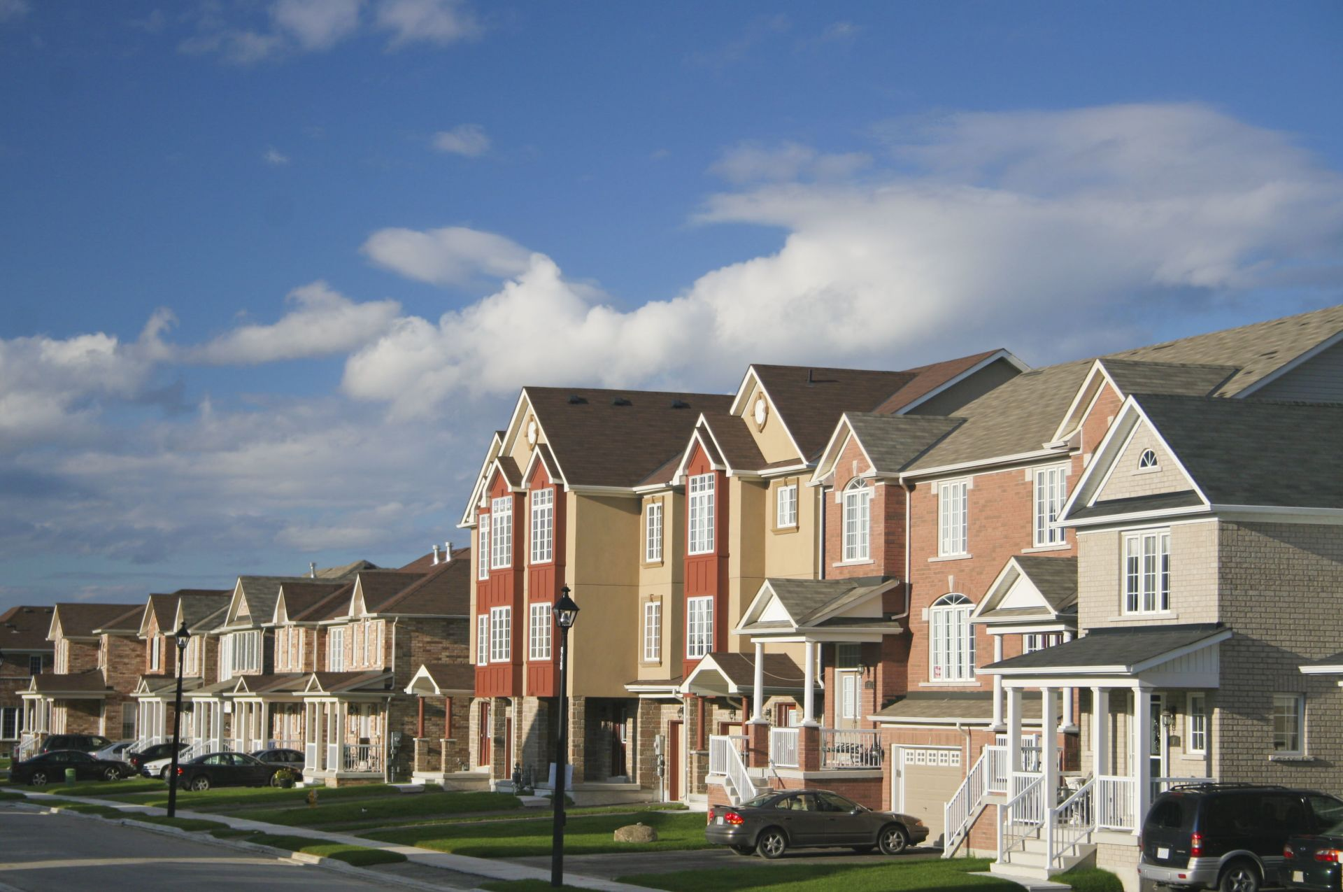​Choosing the Right Northern Illinois Neighborhood