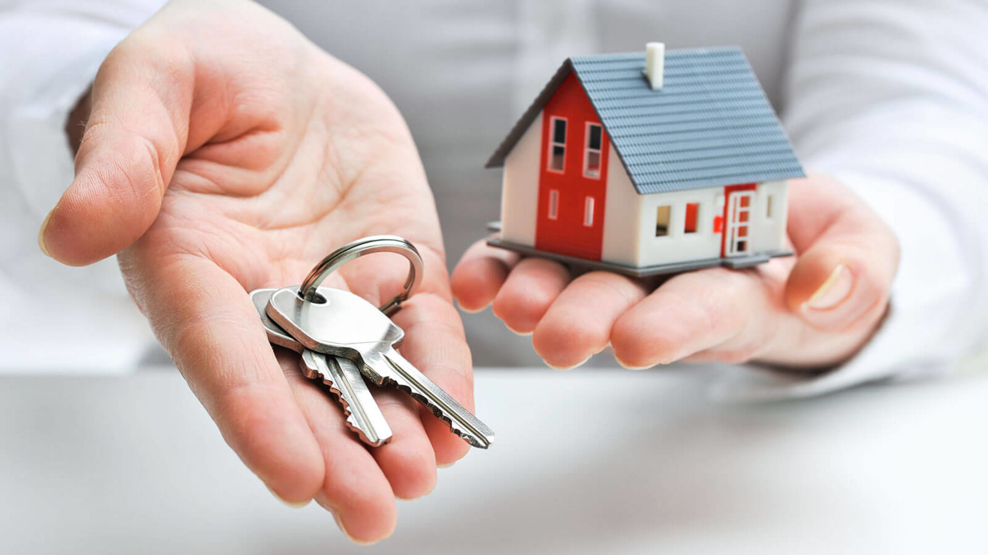 Hiring a Friend Who Has a Real Estate License