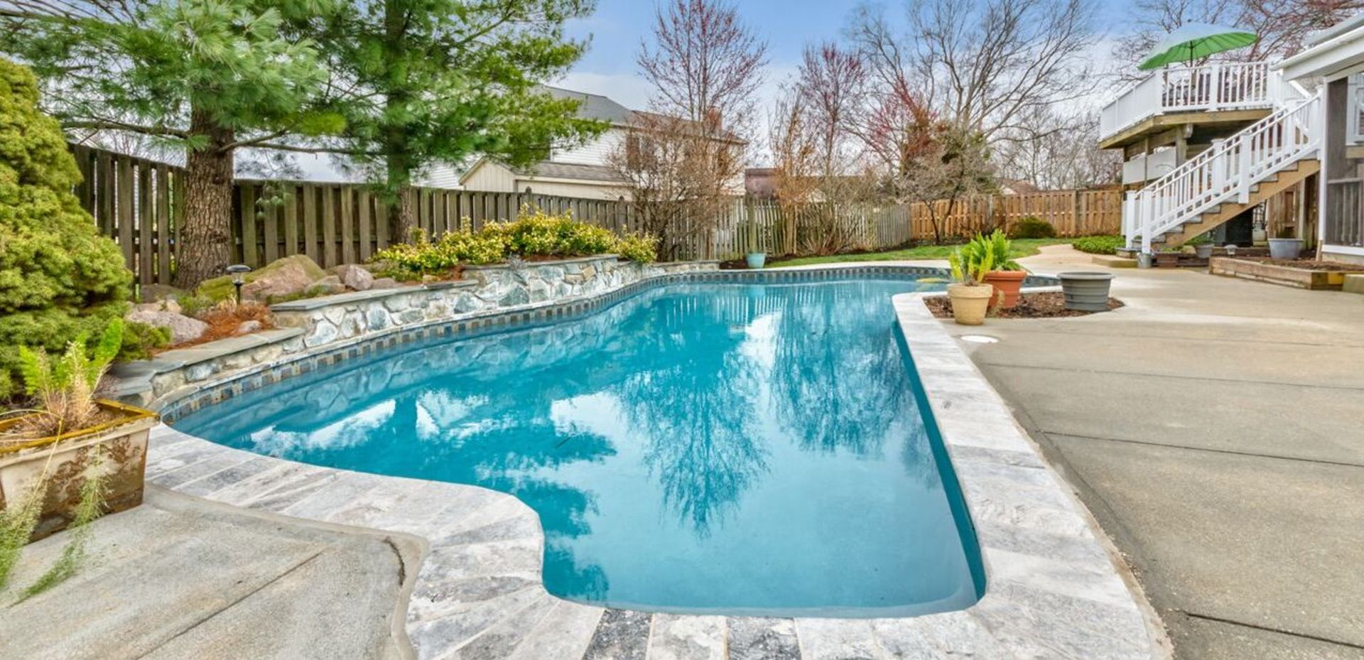 Outdoor Paradise and Pool in Herndon