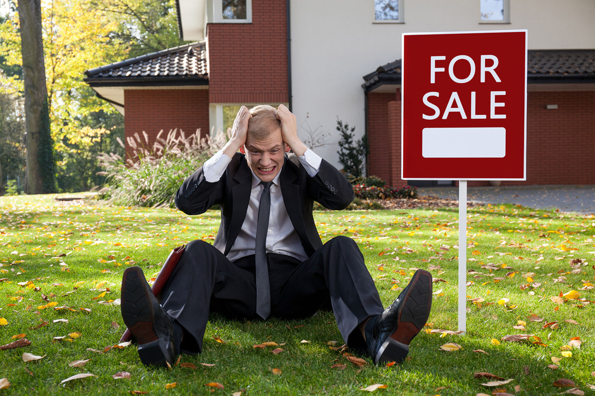 Selling Your Home? Here's 3 Reasons Why You Won't Want to Handle the Sale Yourself – The Richard Hopkinson Team