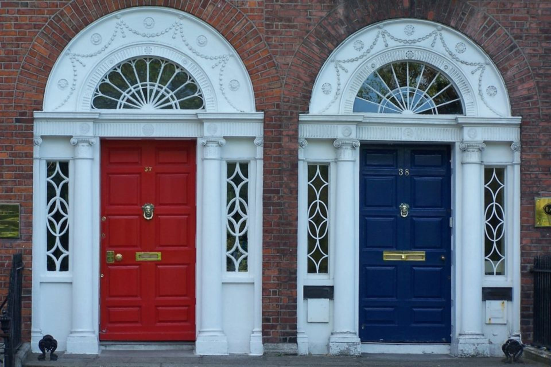 Transform Your Home With a Front Door Makeover – The Richard Hopkinson Team