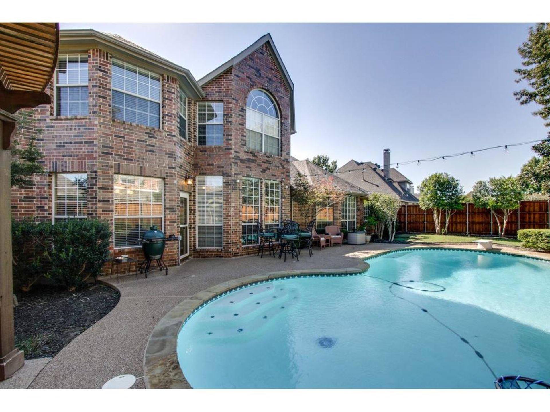 OPEN HOUSE IN CARROLLTON