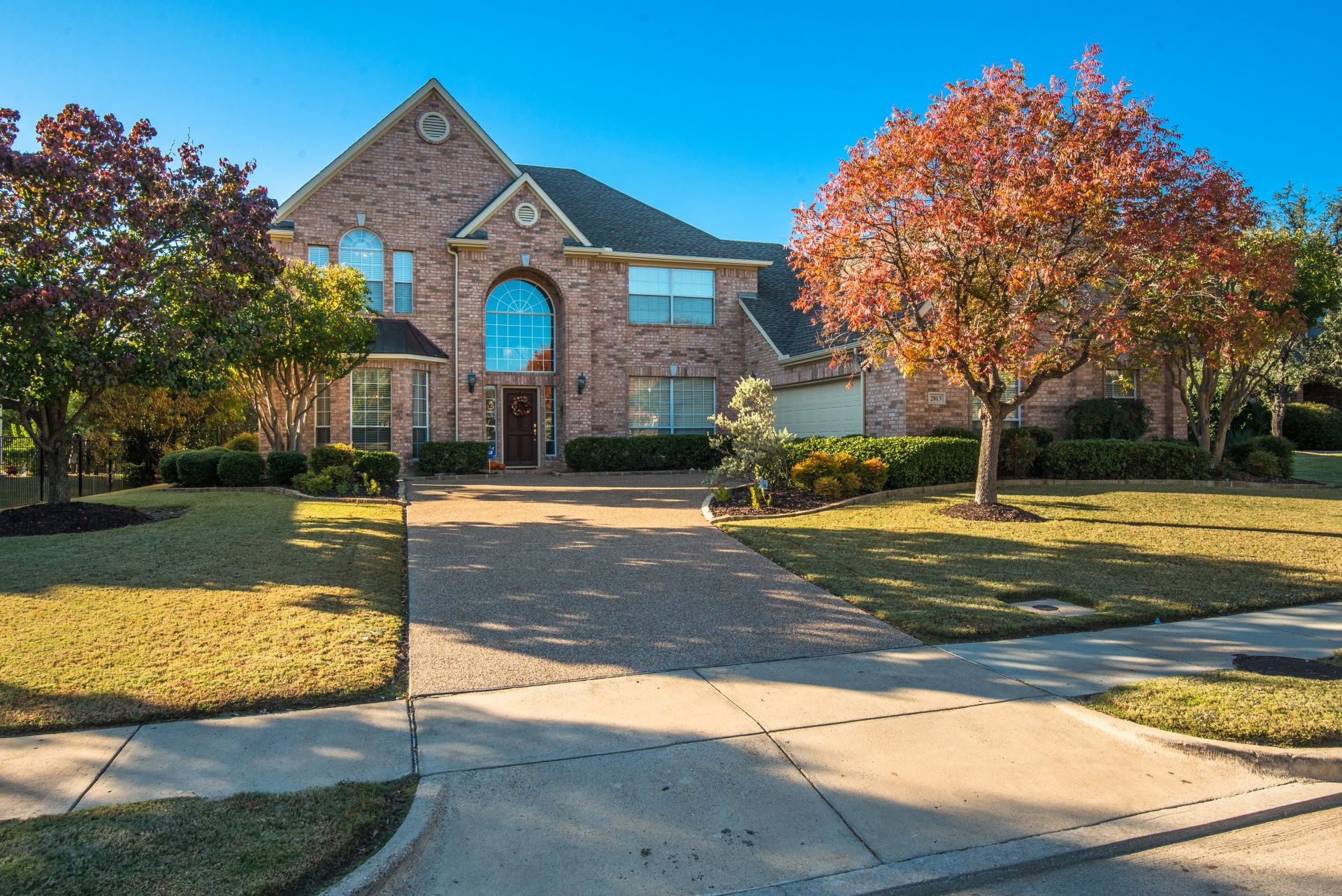JUST LISTED IN FLOWER MOUND!