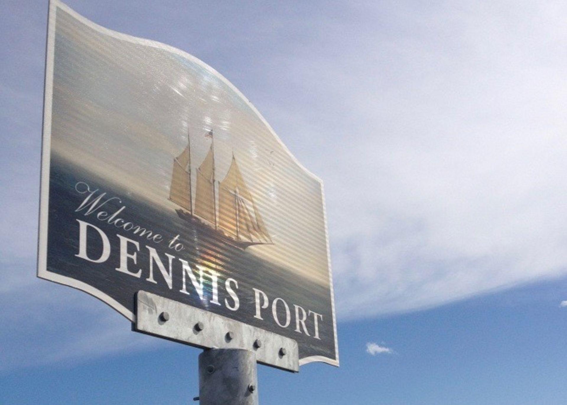 Dennis Port