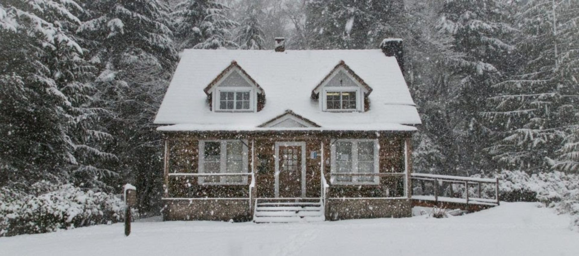5 reasons to buy a home in the offseason