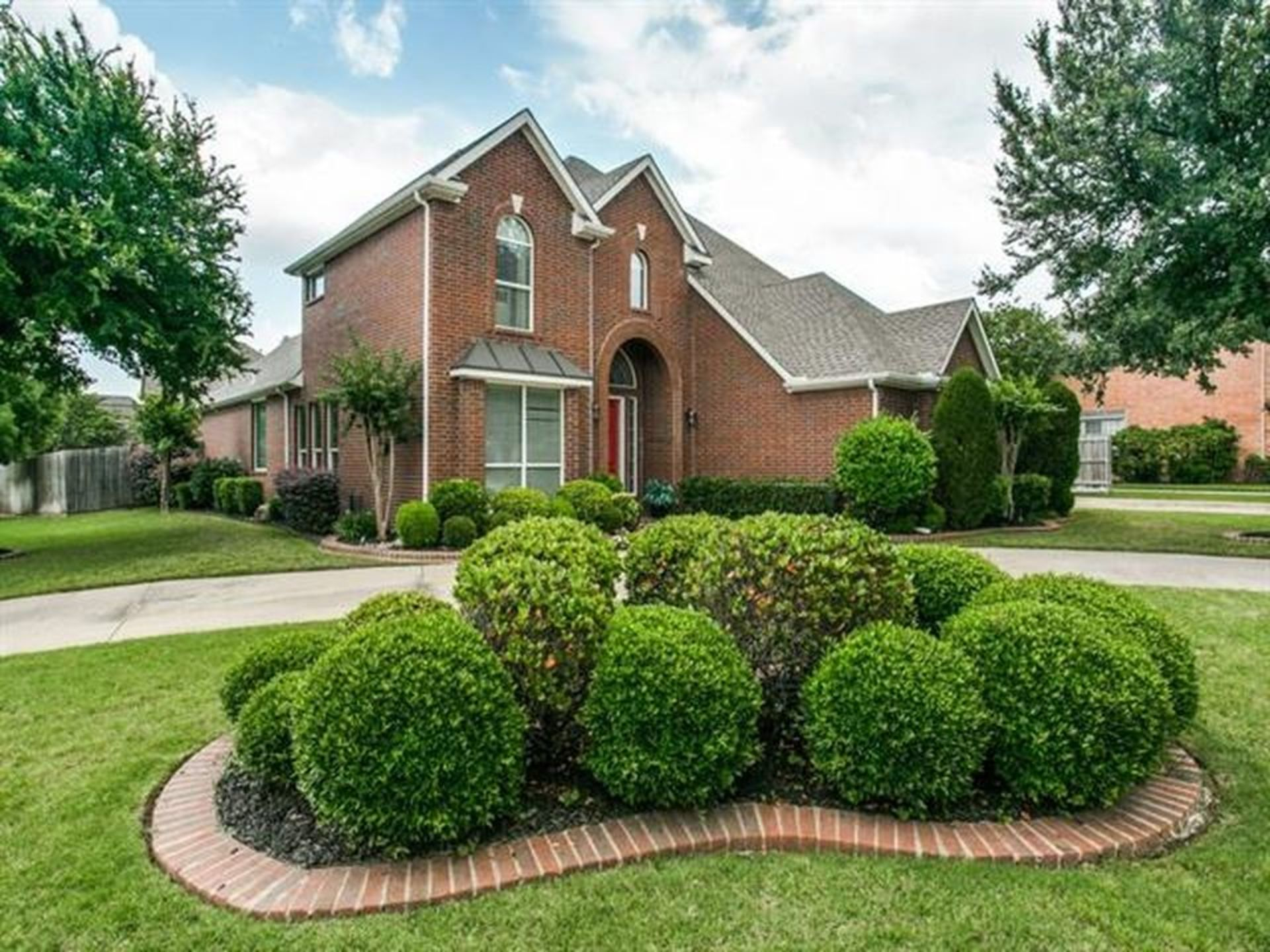 FEATURED HOME: 105 Waterford Drive in Southlake
