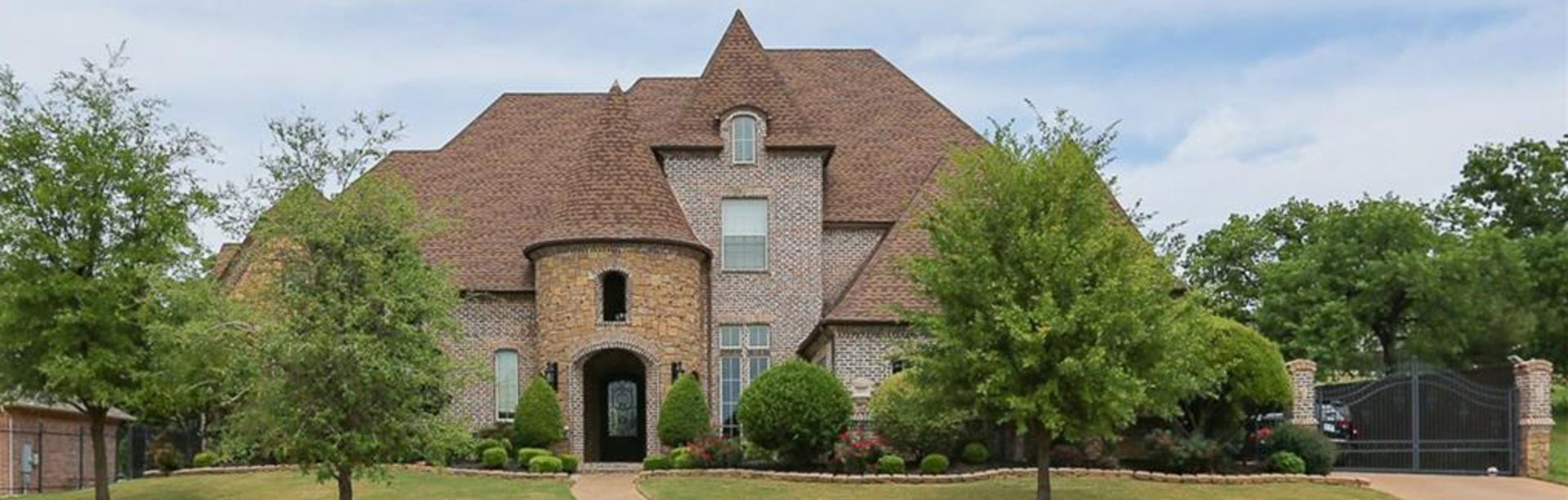 OPEN HOUSE THIS SATURDAY: 1113 Venetian St. Keller, TX 76248