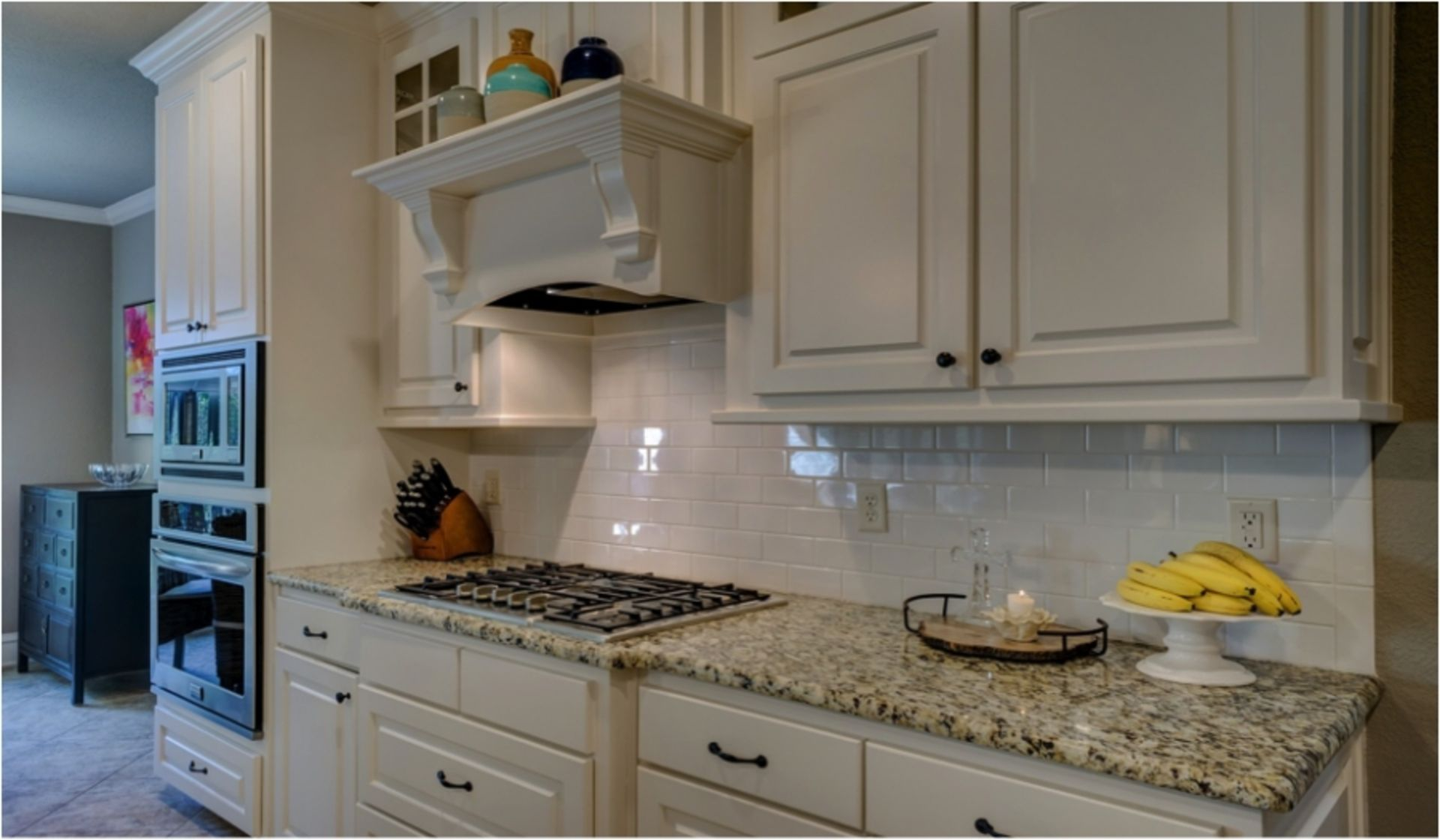 Kitchen Cabinets: Paint 'em Yourself or Pay a Contractor?