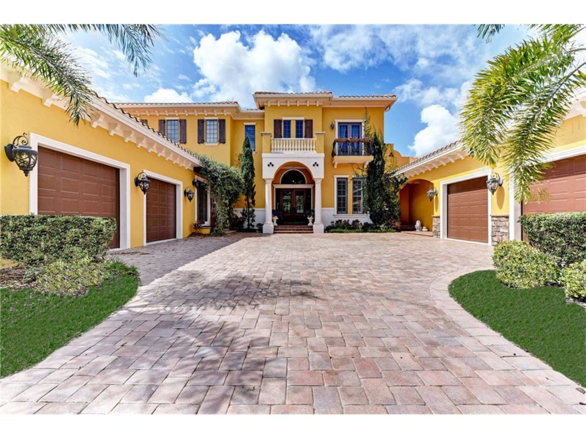 Hottest Luxury Listings in Sarasota