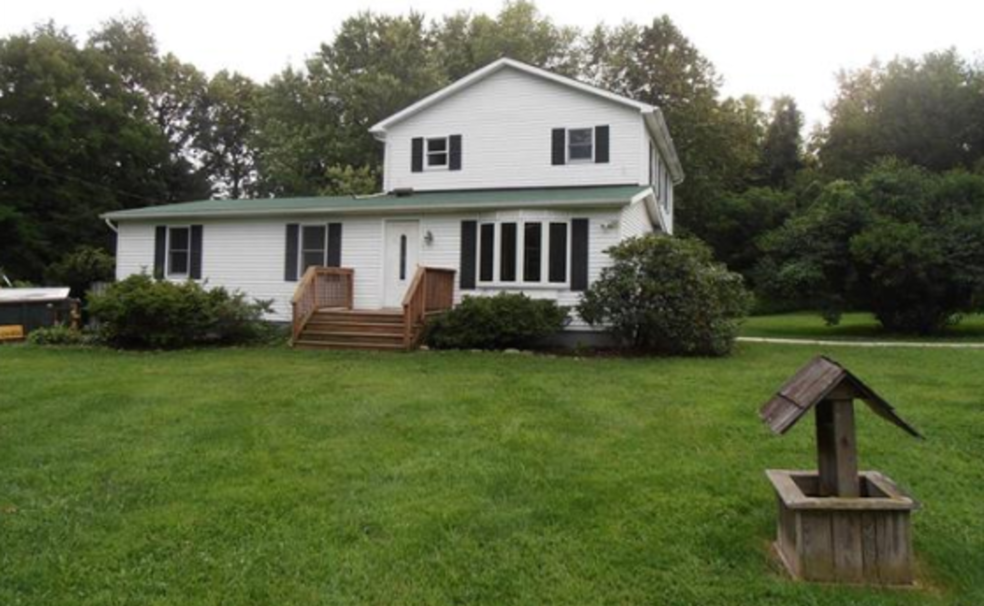 6100 Del Haven Road Lower Mt Bethel Twp PA 18013