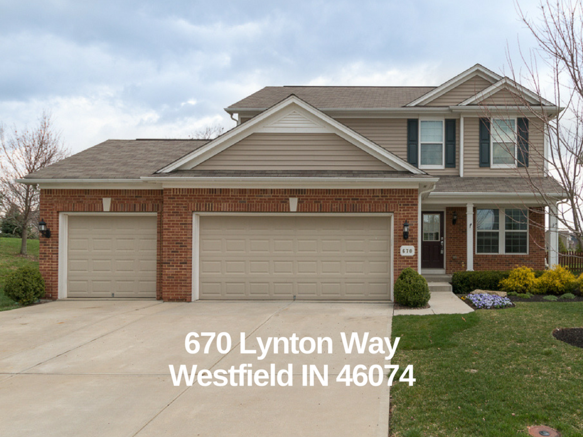 New Listing in Maple Knoll!