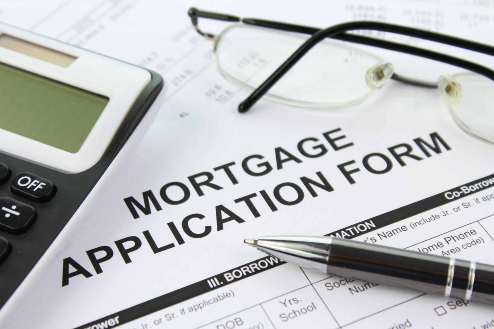 Should I get pre-approved for a mortgage before looking at houses?