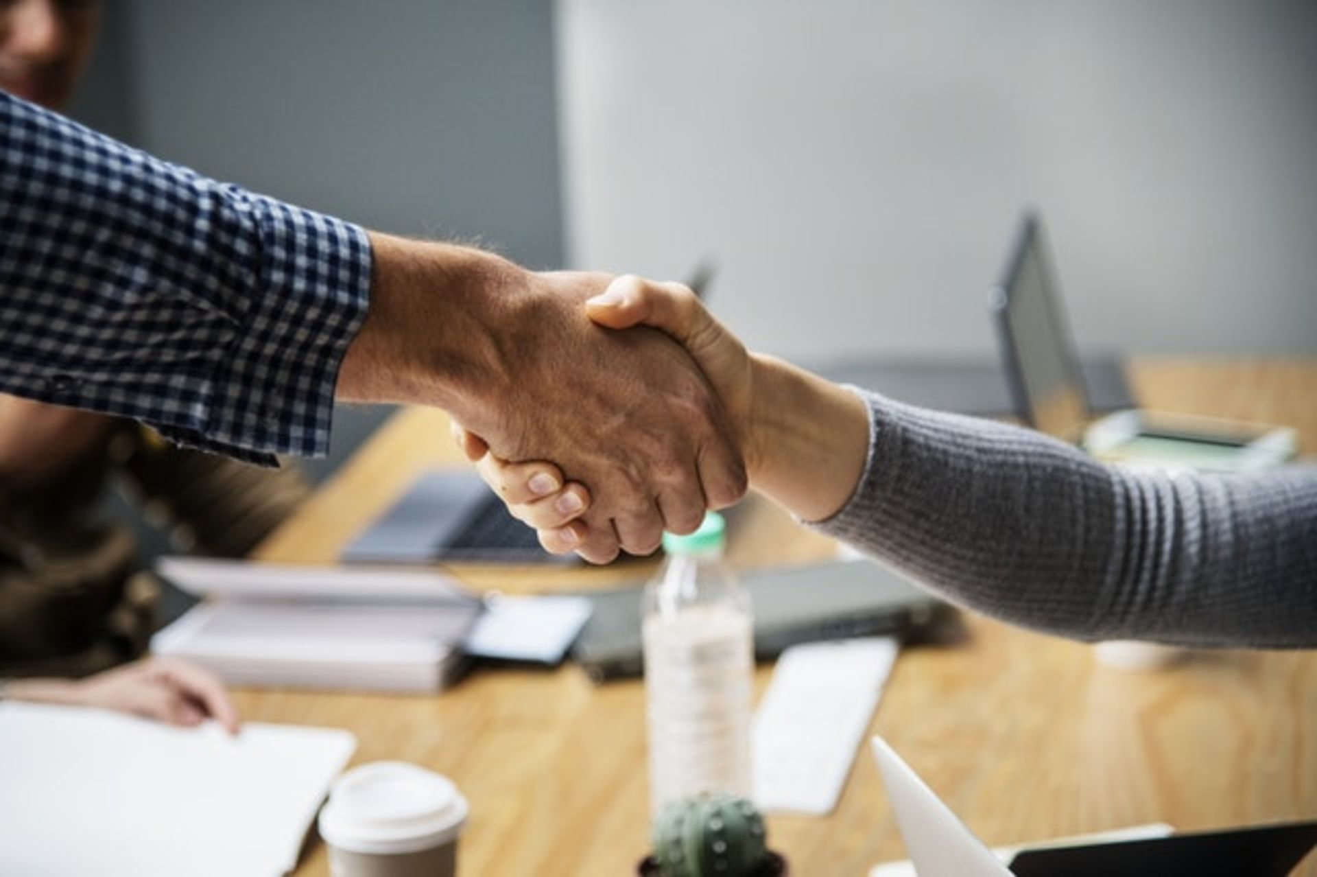 5 Reasons to Consider Using a Real Estate Professional