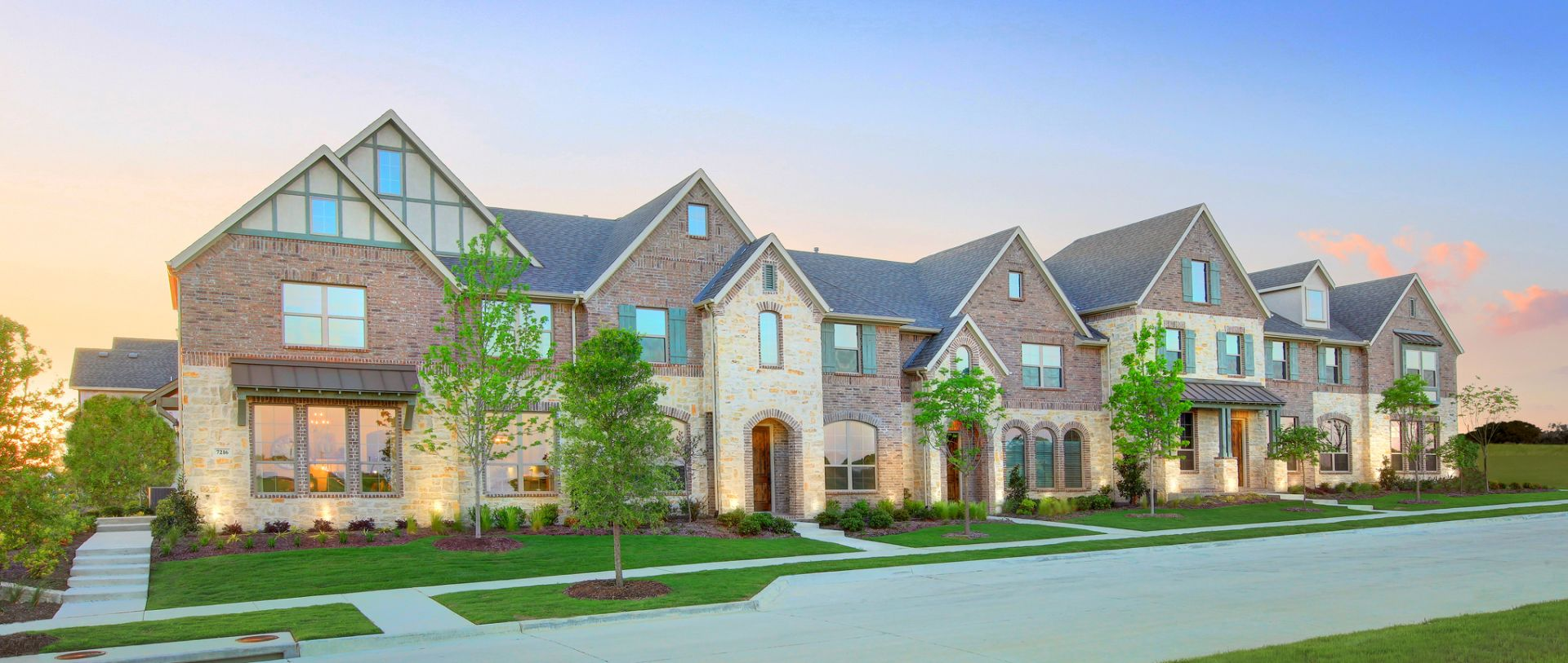 Ever Consider a Town Home in McKinney? – Stacy Crossing is It!