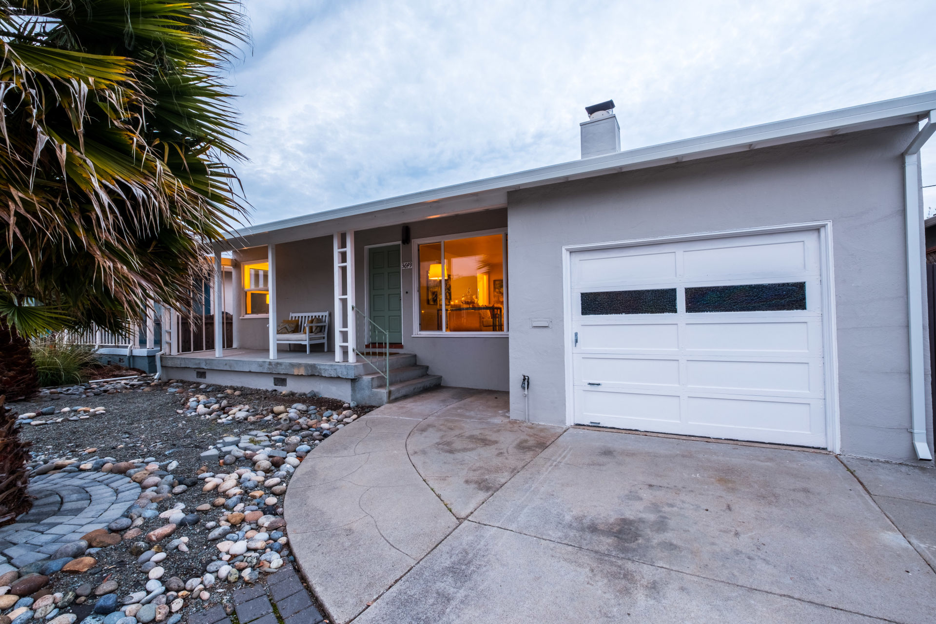 New Listing in San Mateo!