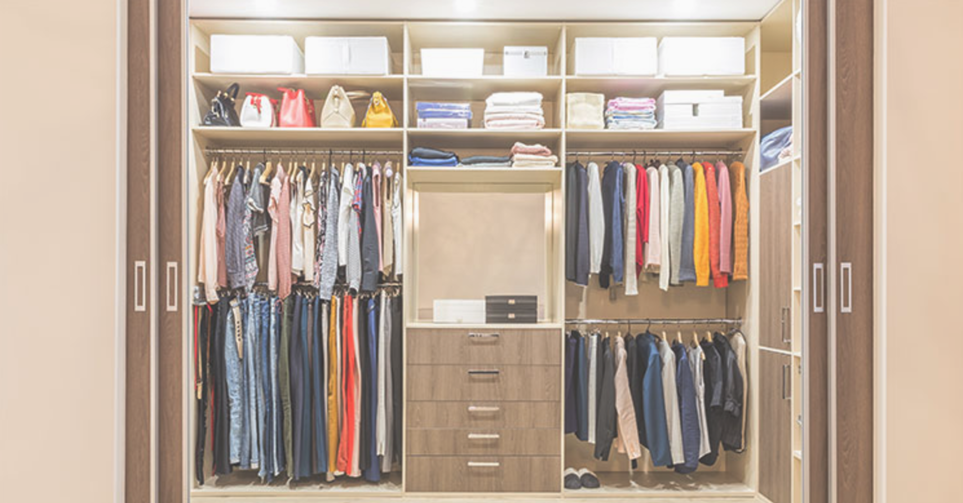Whether selling or just tiding up, this will help you achieve your goal of getting organized!