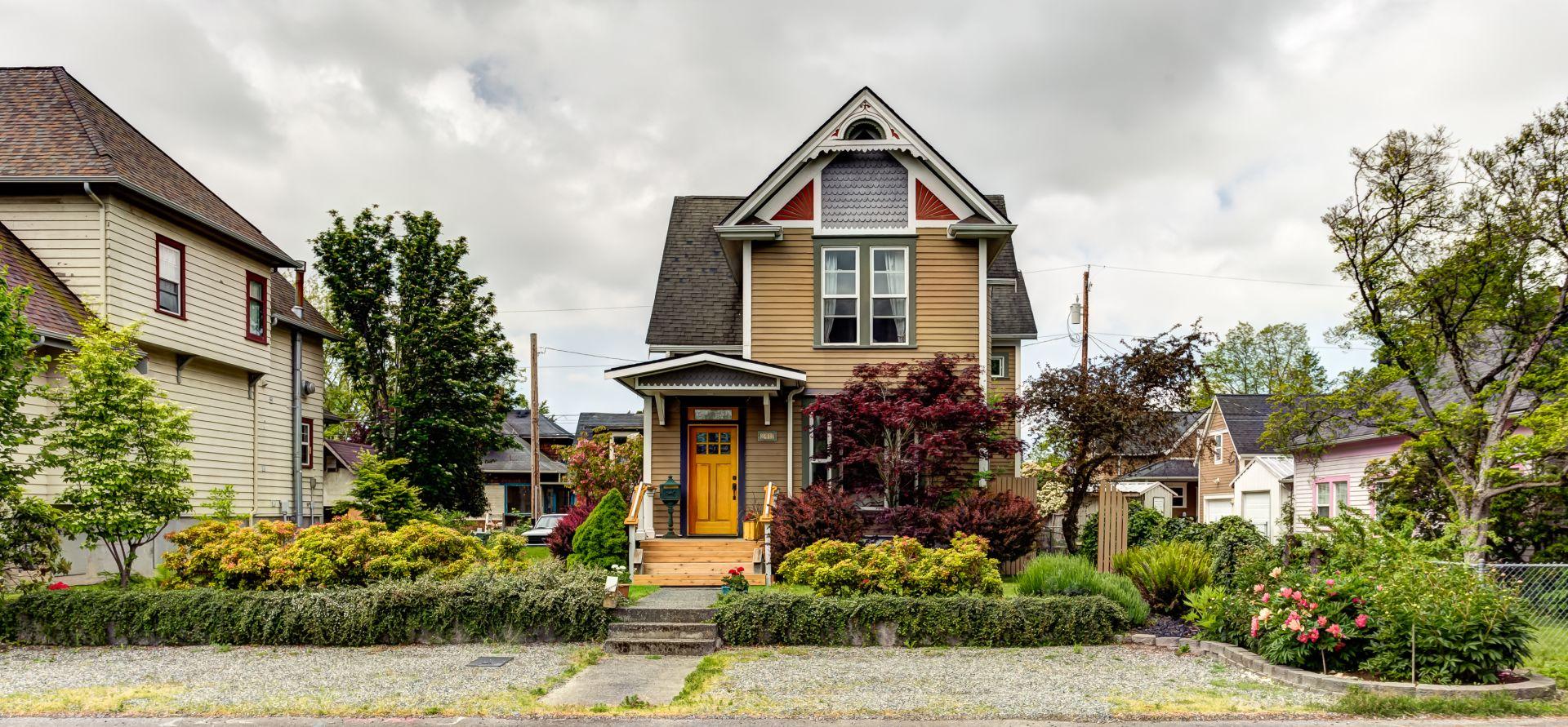 Craftsman Homes in the Columbia Neighborhood