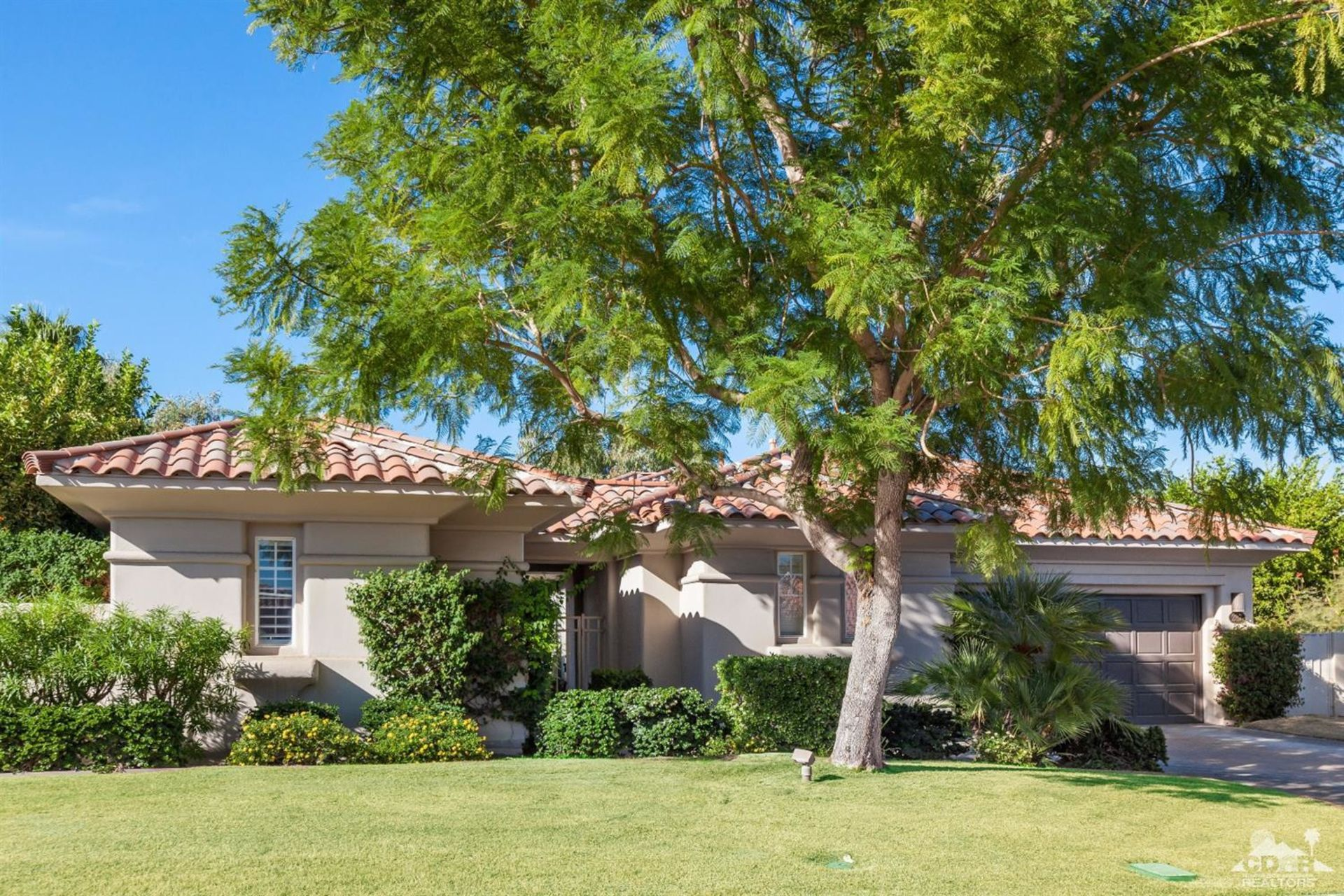 287 Loch Lomond, Rancho Mirage, CA 92270