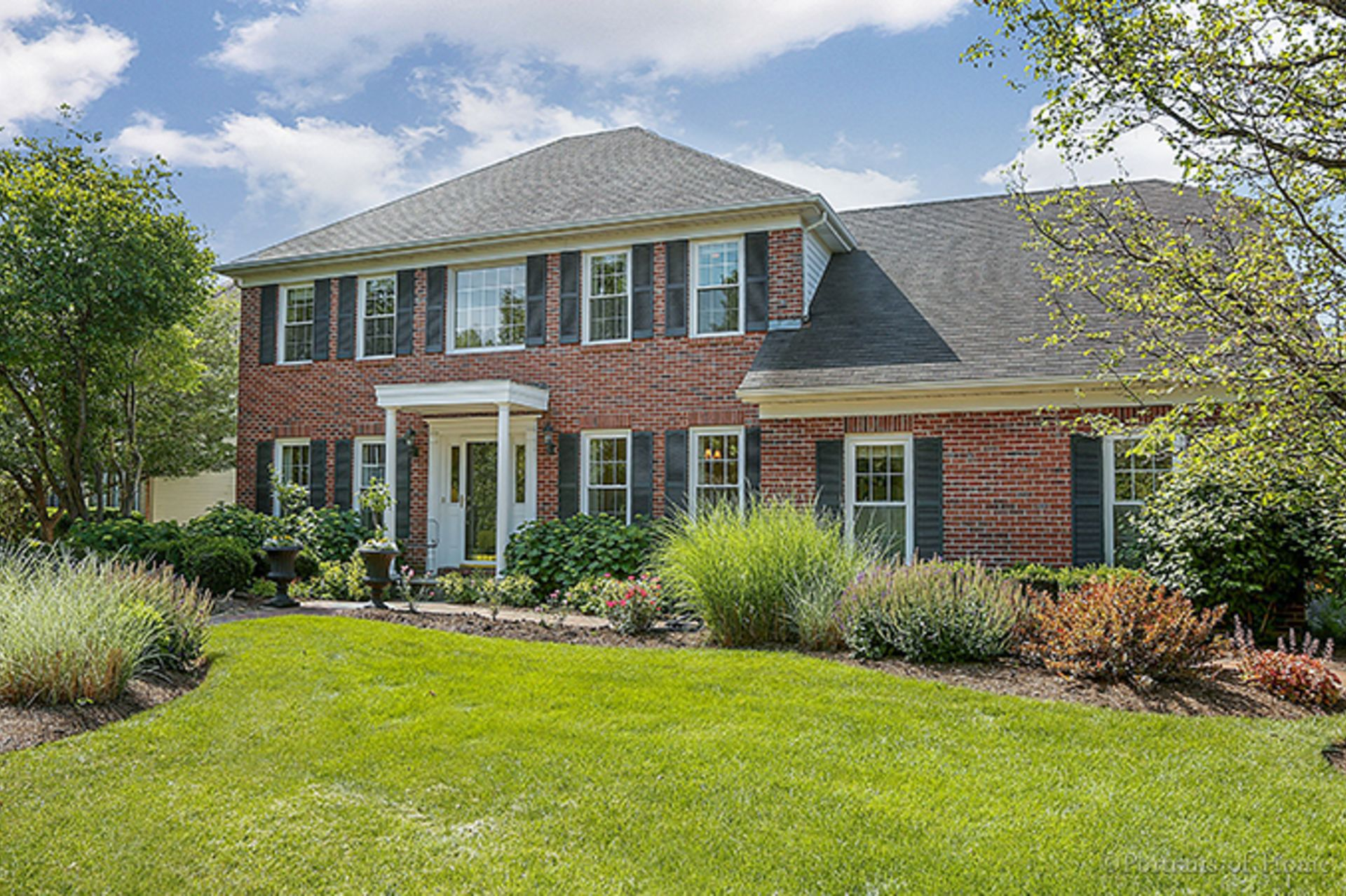 Just Listed in Aurora, IL!  2705 Carriage Way